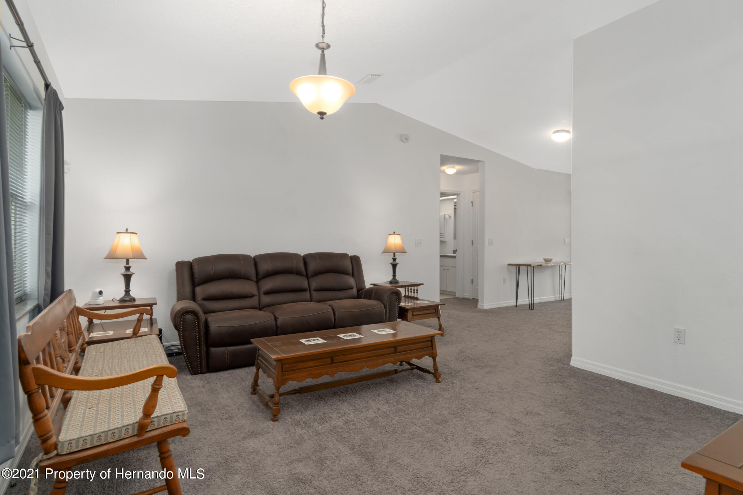 Listing photo id 6 for 5373 S Heloise Terrace