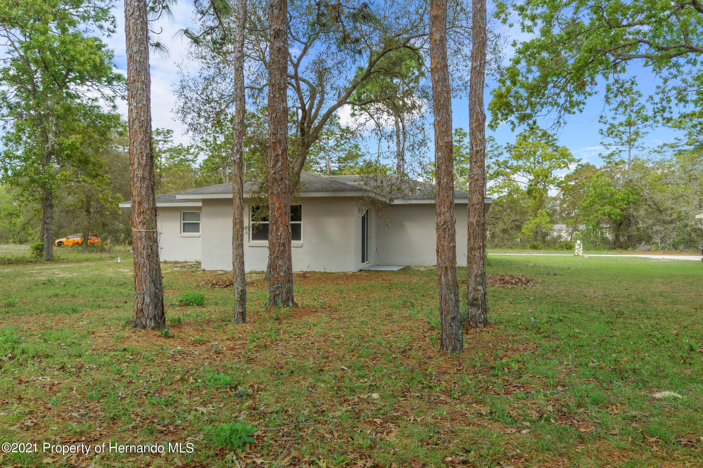 Listing photo id 23 for 5373 S Heloise Terrace