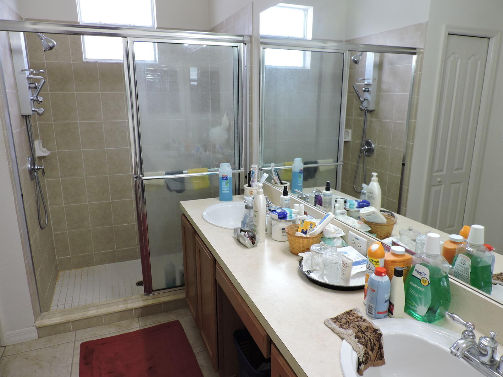 Listing photo id 10 for 279 Fairmont Drive