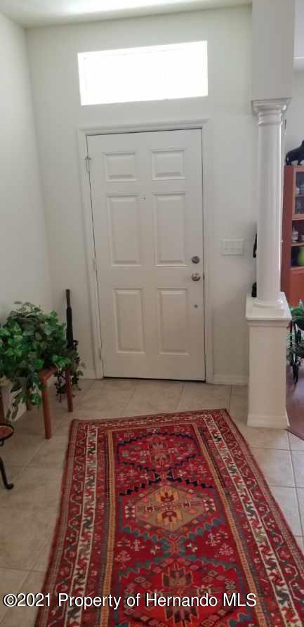 Listing photo id 23 for 279 Fairmont Drive