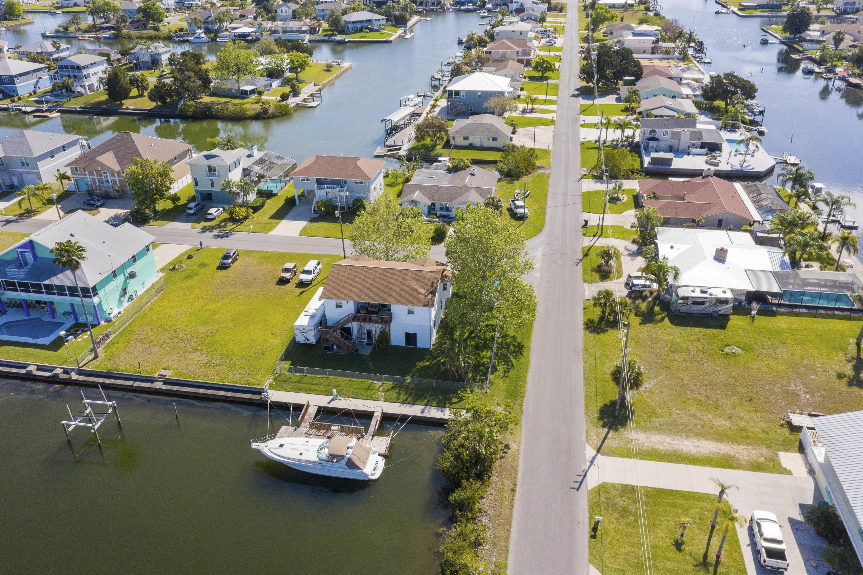 Image 4 For 4269 Biscayne Drive