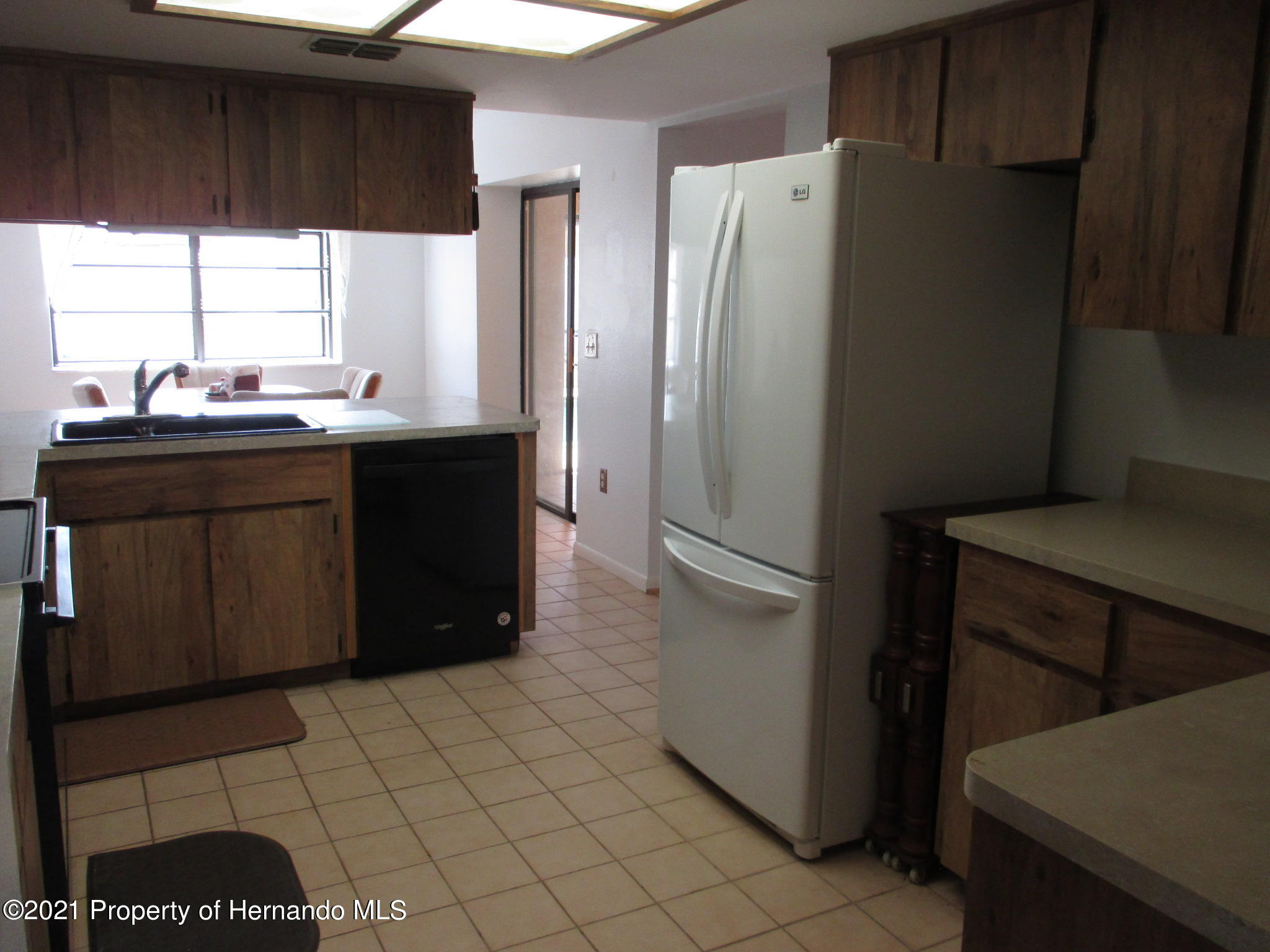 Listing photo id 17 for 10012 Vancouver Road