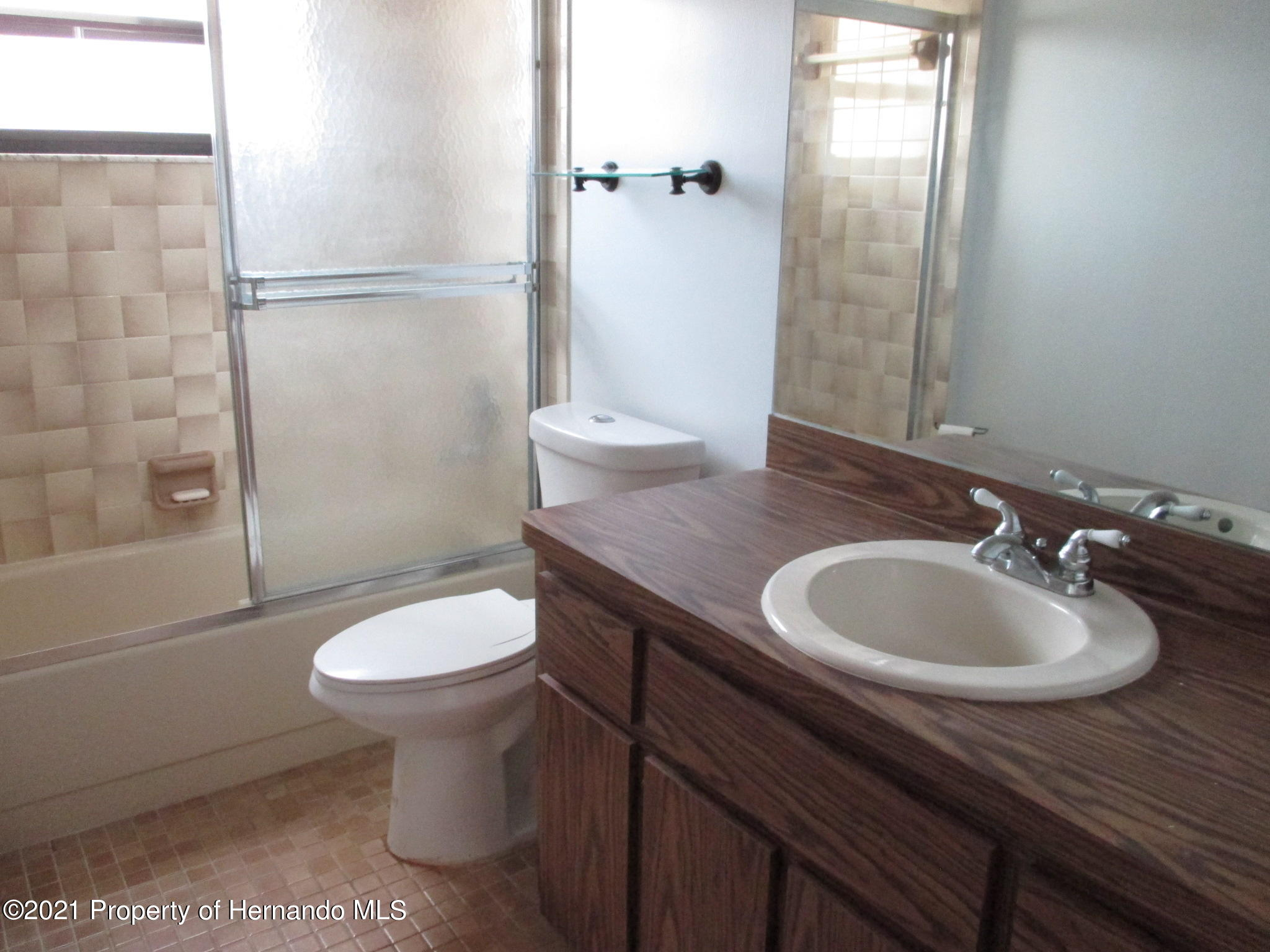 Listing photo id 29 for 10012 Vancouver Road