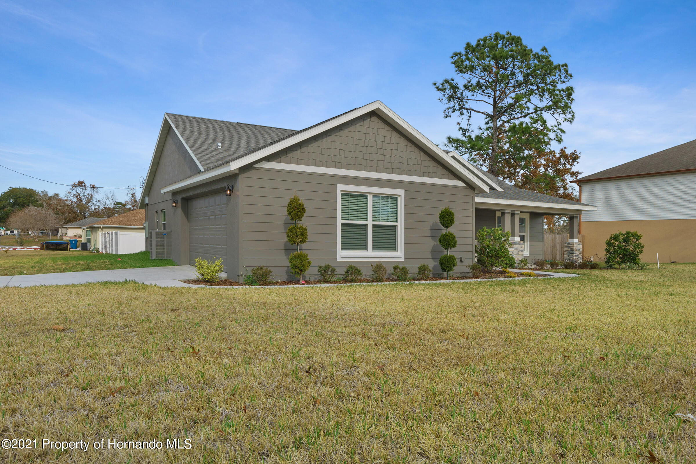 Listing photo id 4 for 0 Flock Avenue