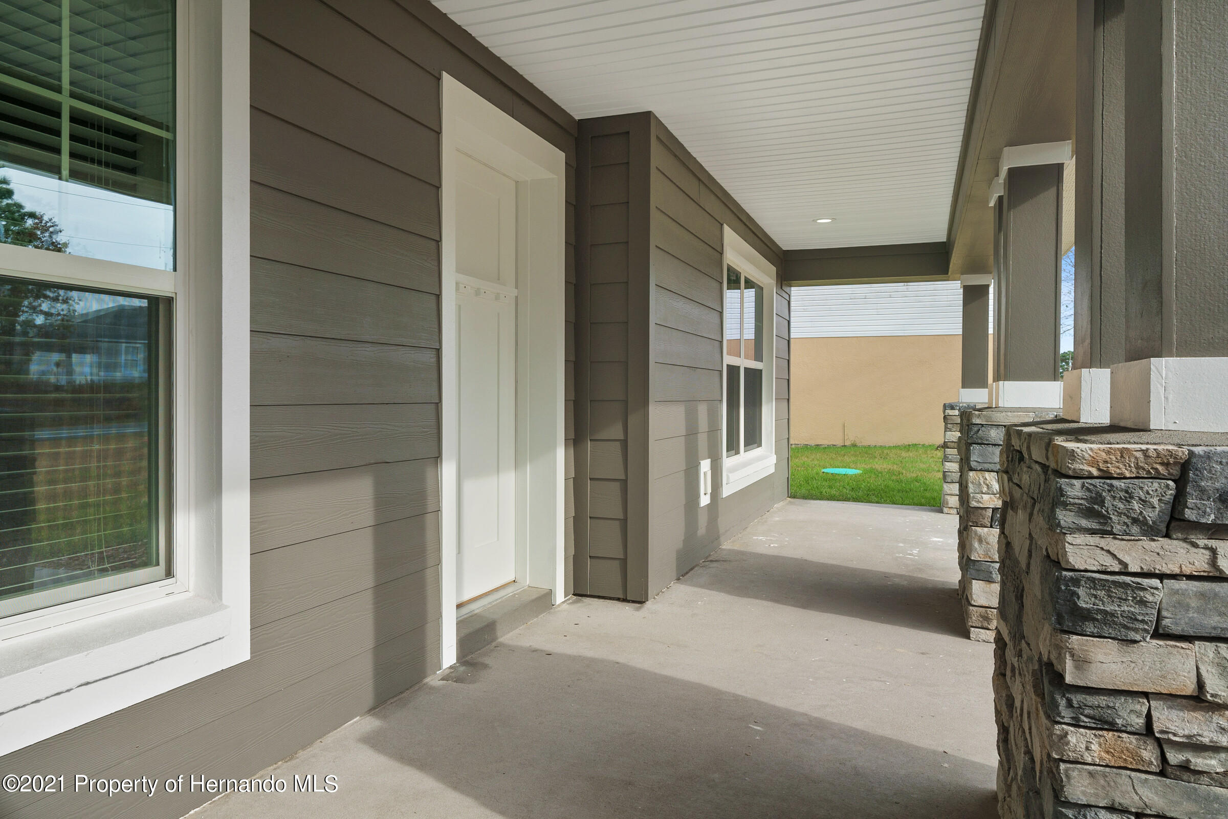 Listing photo id 7 for 0 Flock Avenue