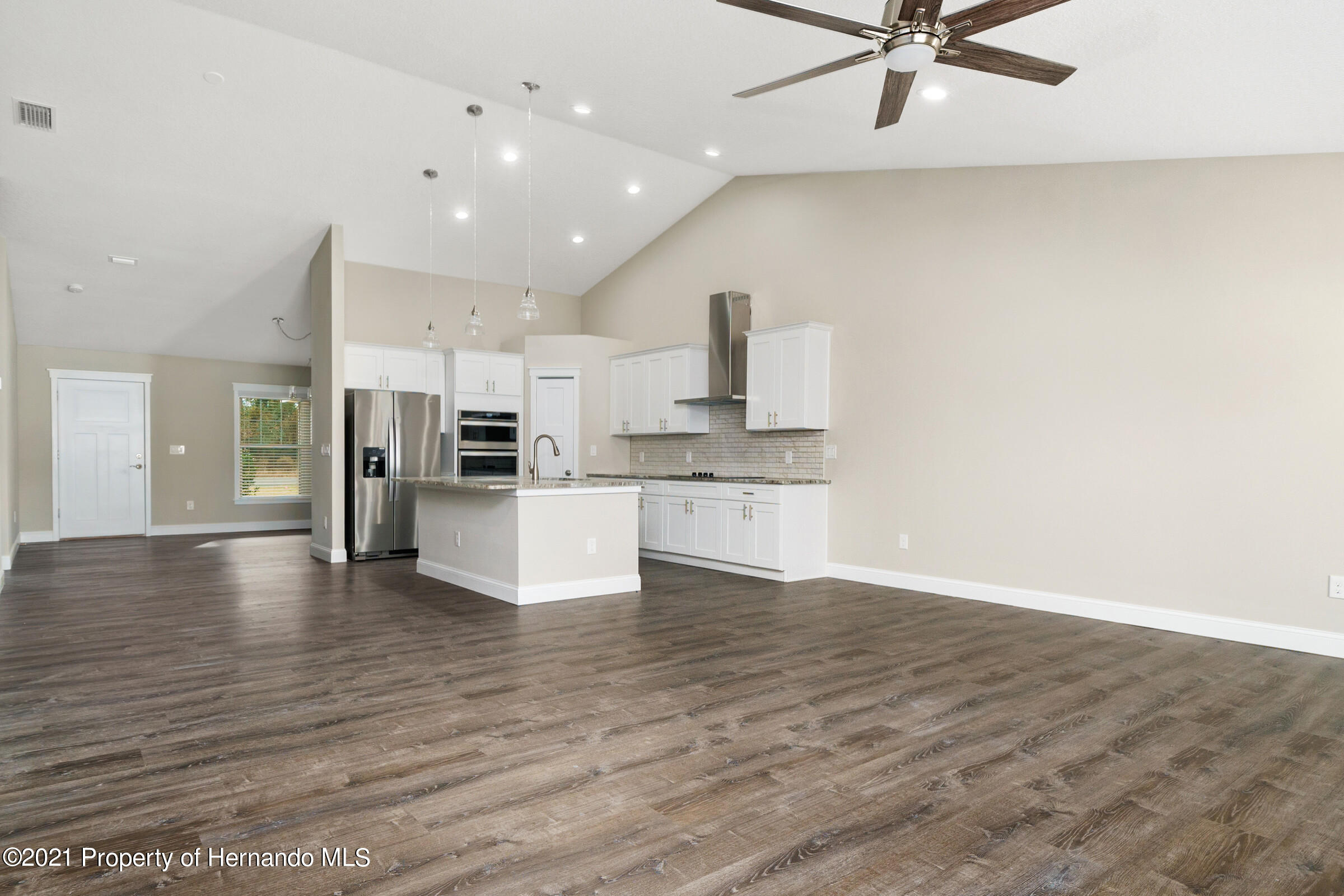 Listing photo id 22 for 0 Flock Avenue