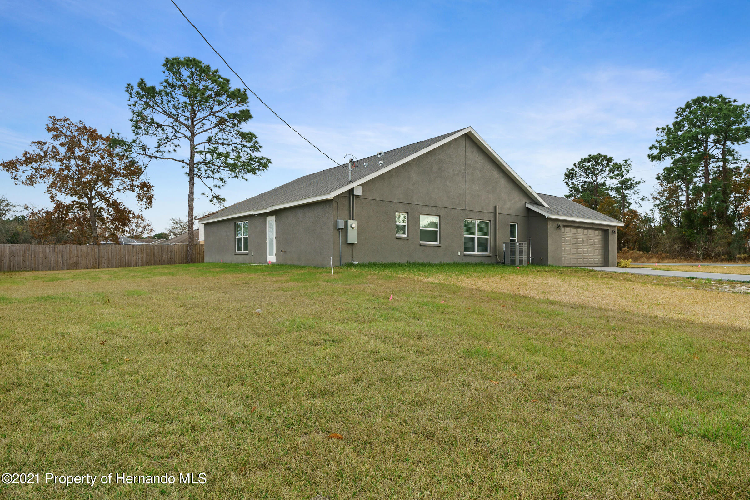 Listing photo id 42 for 0 Flock Avenue