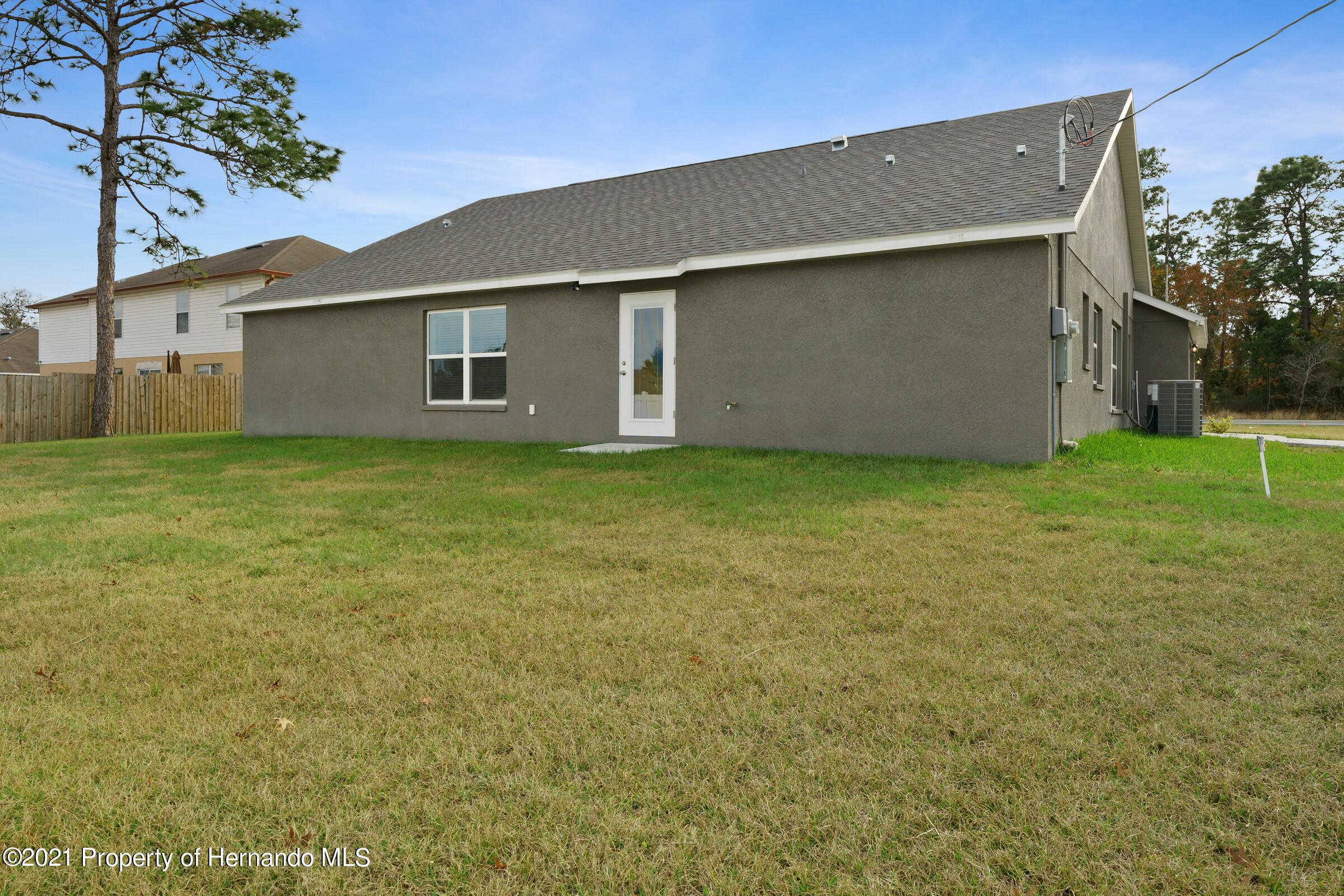 Listing photo id 43 for 0 Flock Avenue
