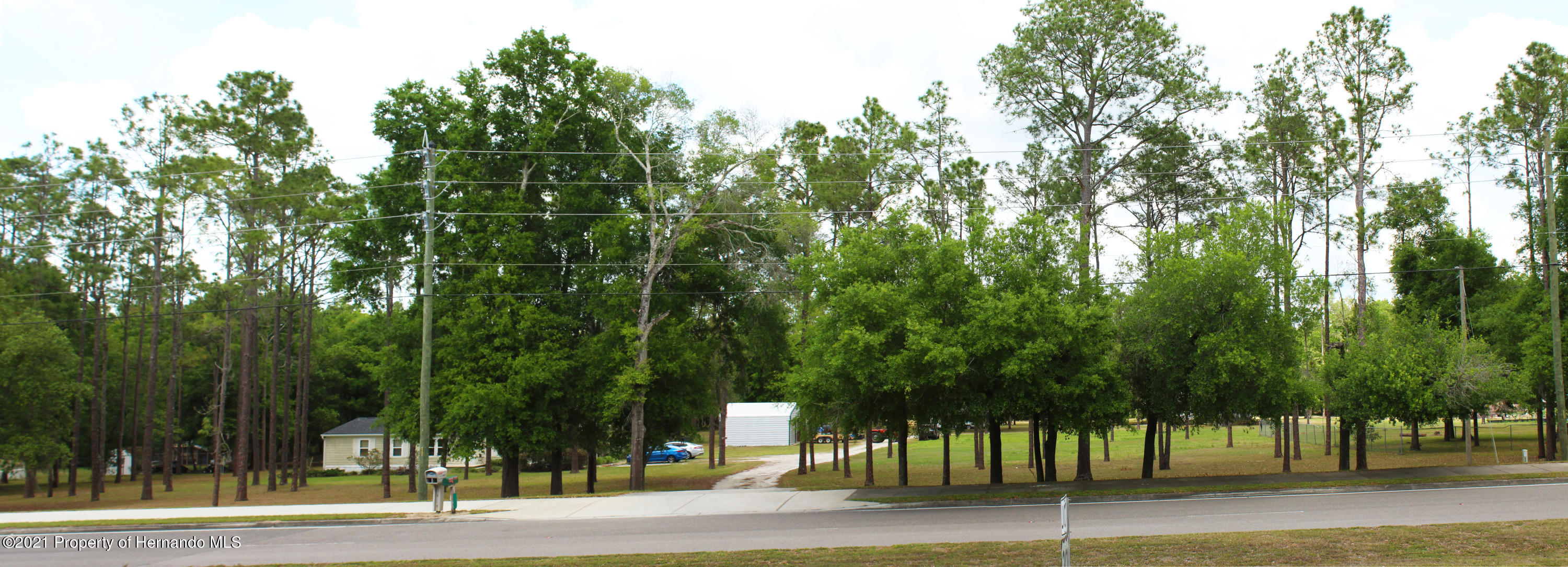 Listing photo id 6 for 37731 Kossik Road