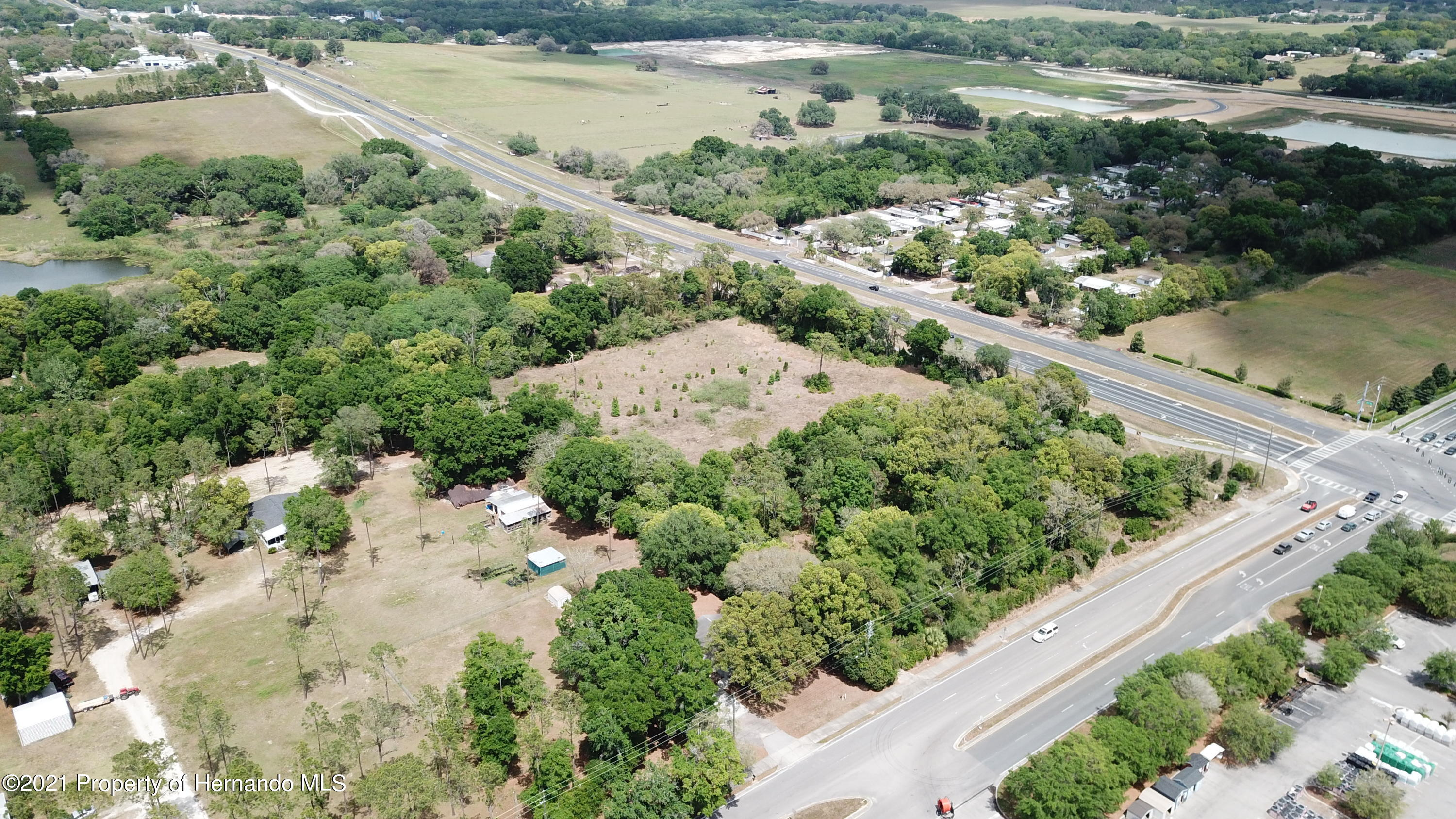 Listing photo id 9 for 37731 Kossik Road