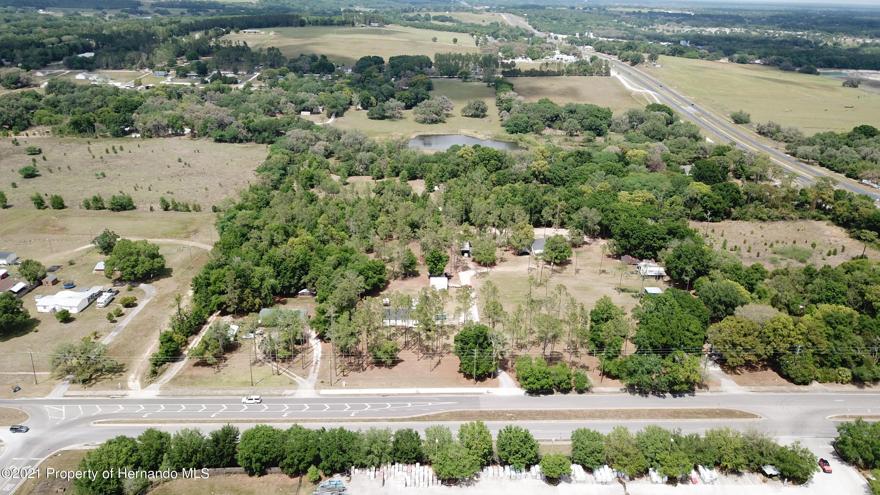 Listing photo id 10 for 37731 Kossik Road