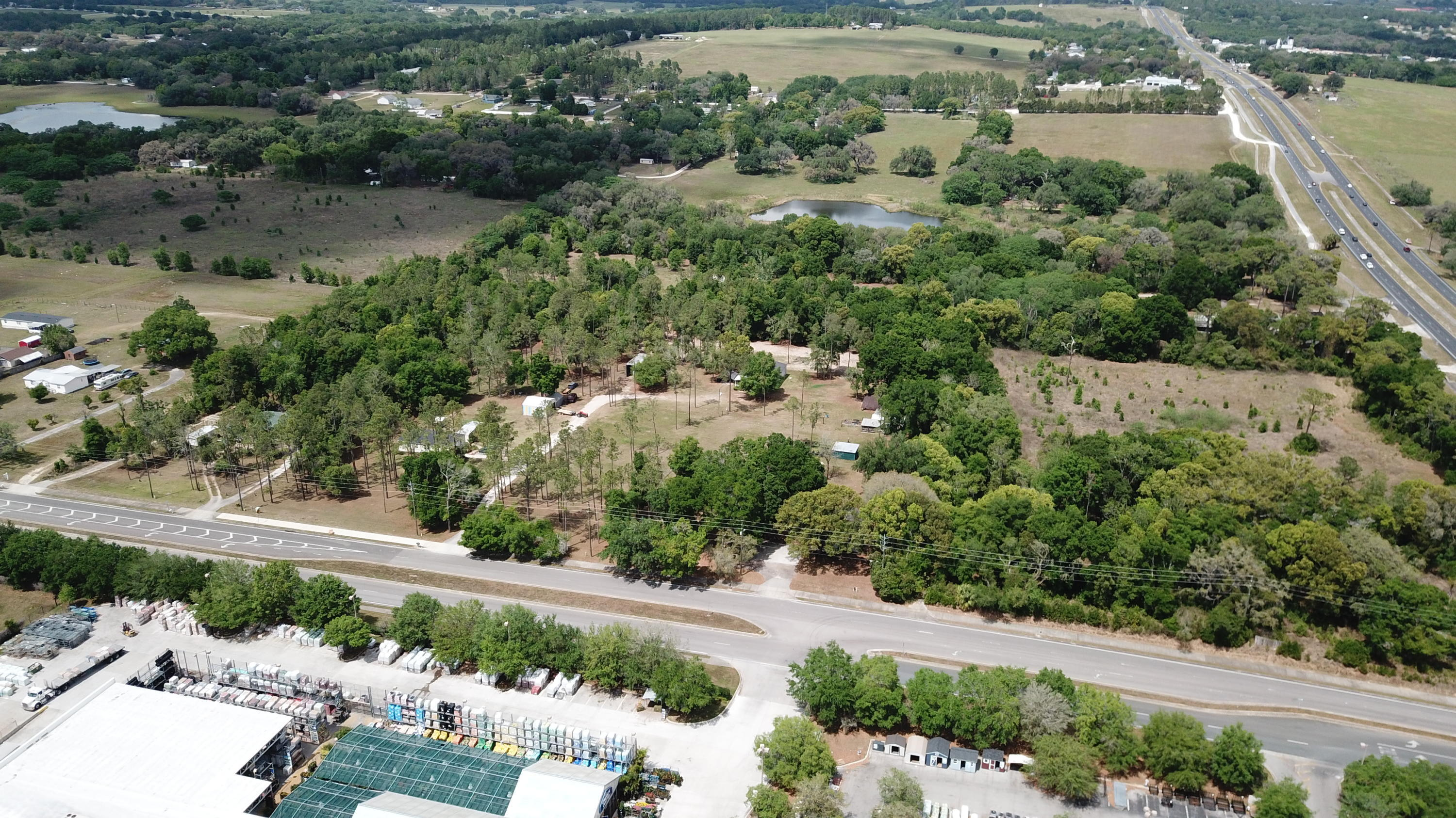 Listing photo id 12 for 37731 Kossik Road