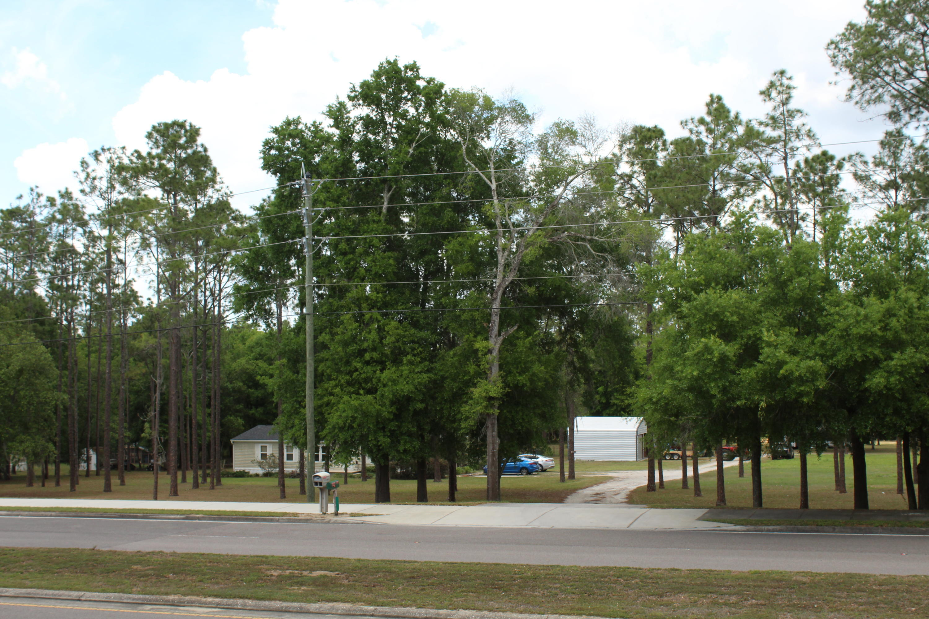 Listing photo id 15 for 37731 Kossik Road