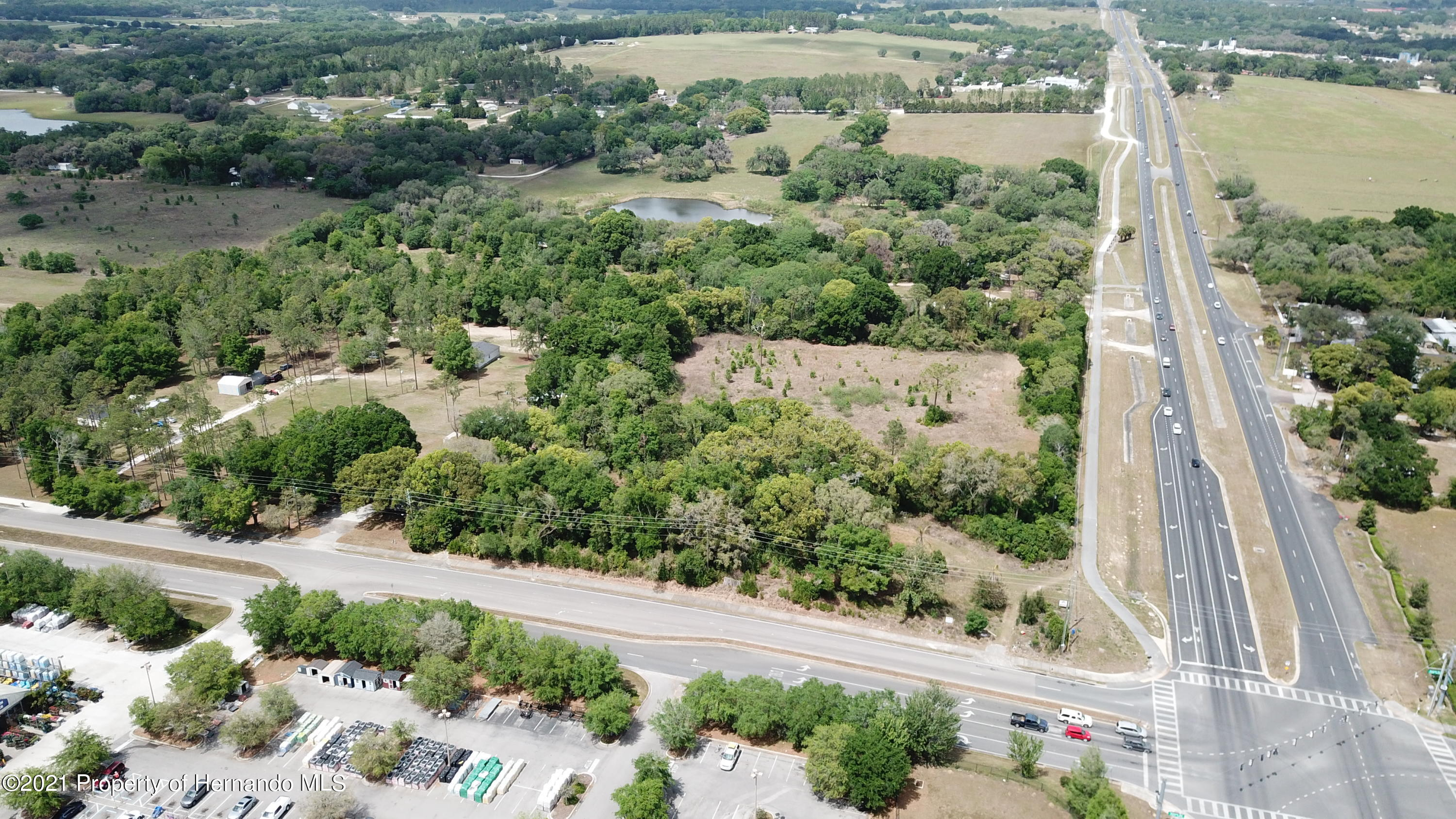 Listing photo id 26 for 37731 Kossik Road
