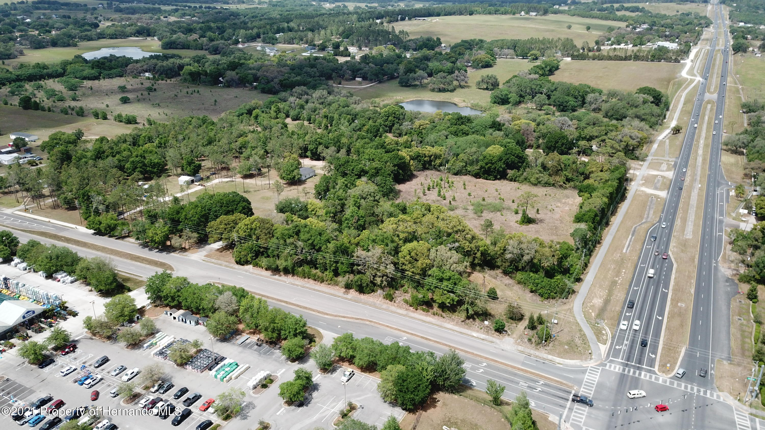 Listing photo id 27 for 37731 Kossik Road