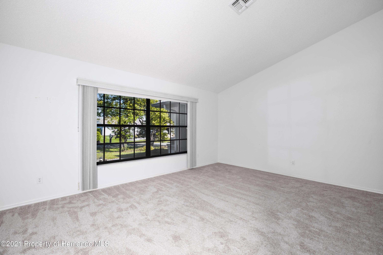 Image 6 For 4415 Las Palmas Avenue