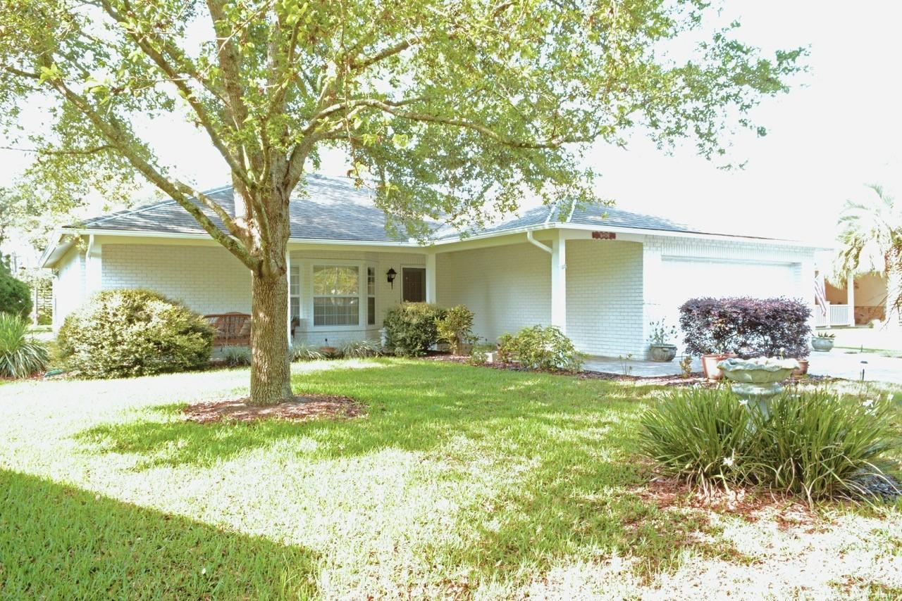 Listing photo id 1 for 6806 Renown Way
