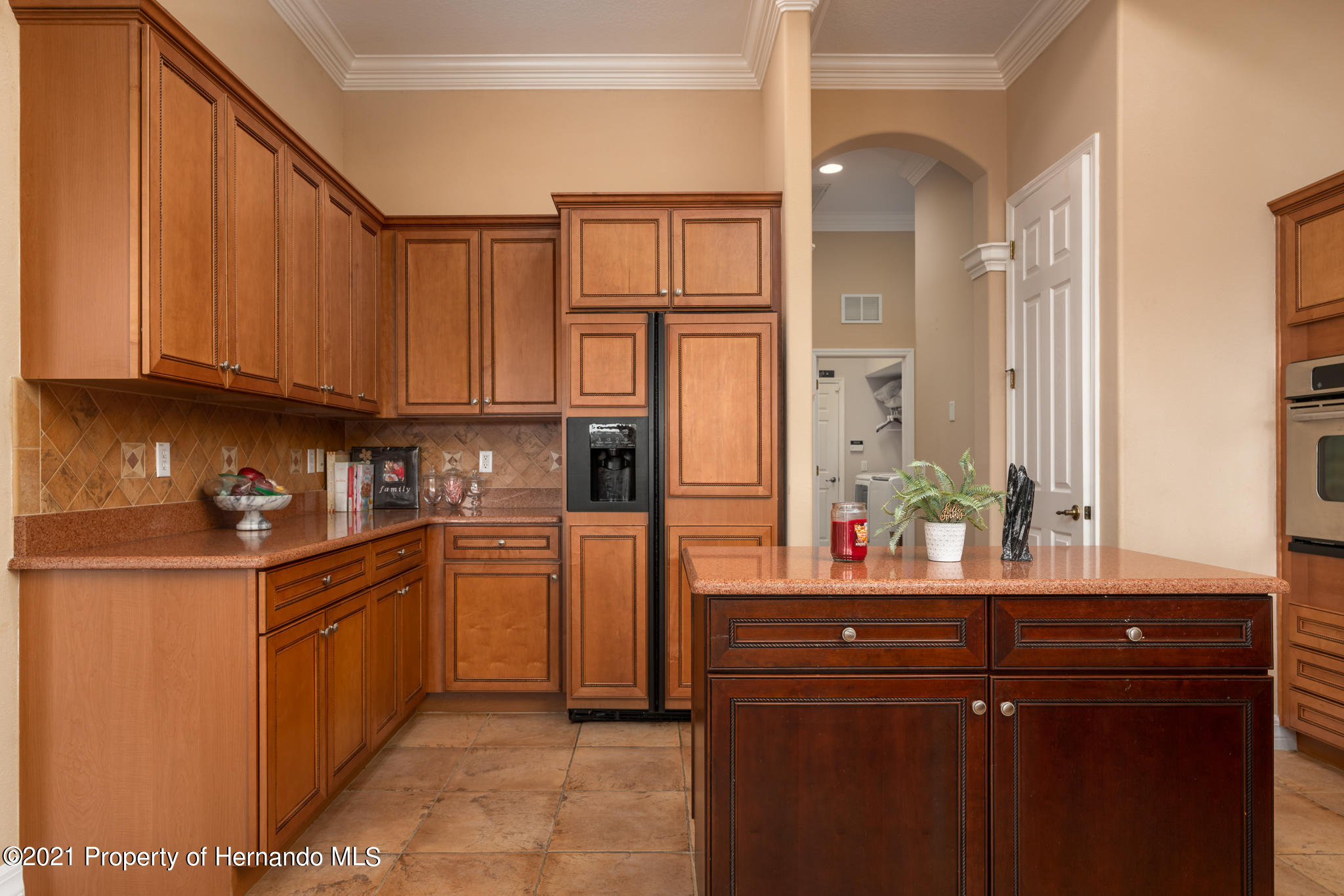 Listing photo id 18 for 5905 Pointe Place Place