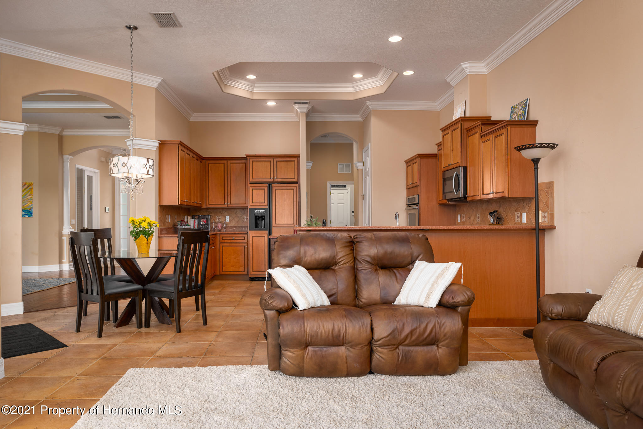 Listing photo id 20 for 5905 Pointe Place Place