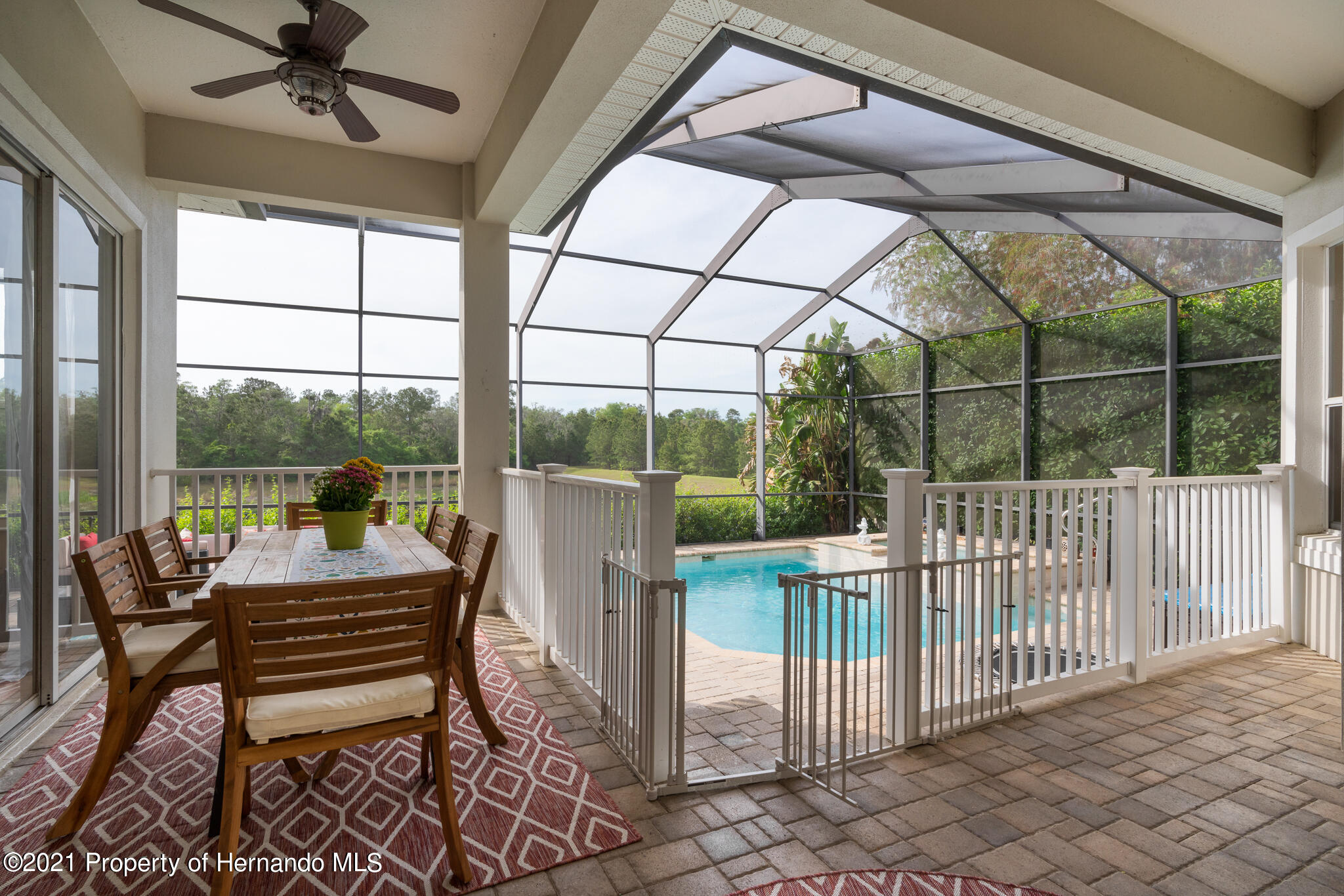 Listing photo id 32 for 5905 Pointe Place Place