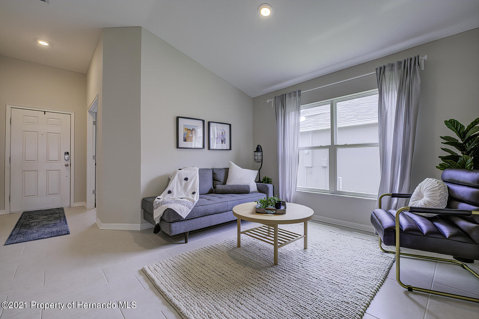 Listing photo id 7 for 842 Old Windsor Way