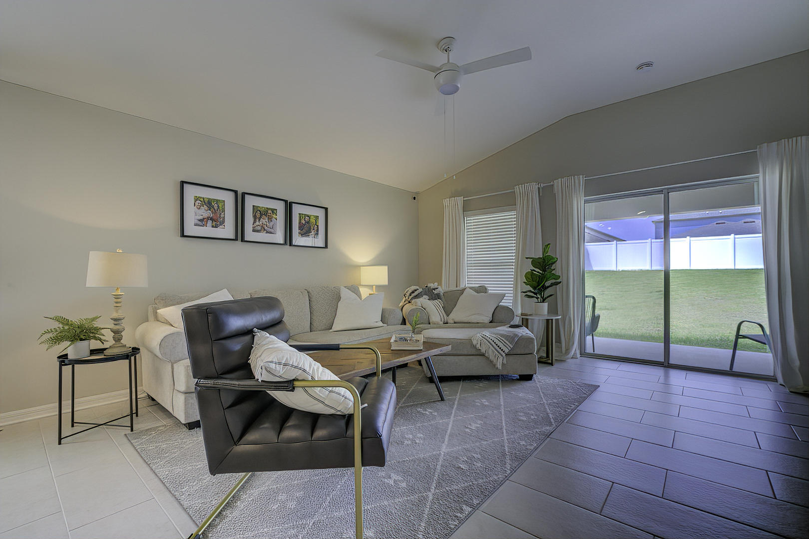 Listing photo id 16 for 842 Old Windsor Way