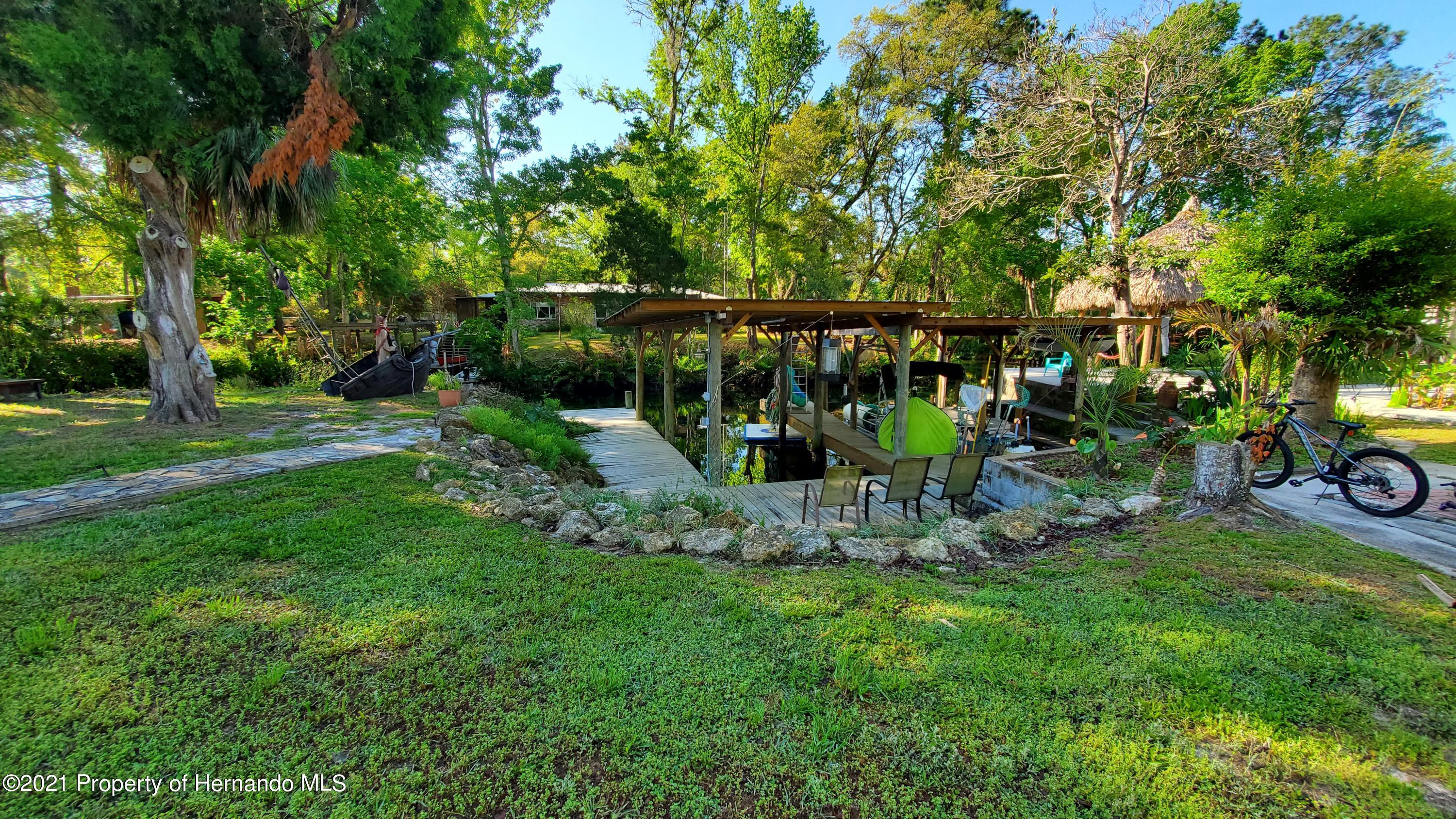 Listing photo id 11 for 10046 S Riviera Point