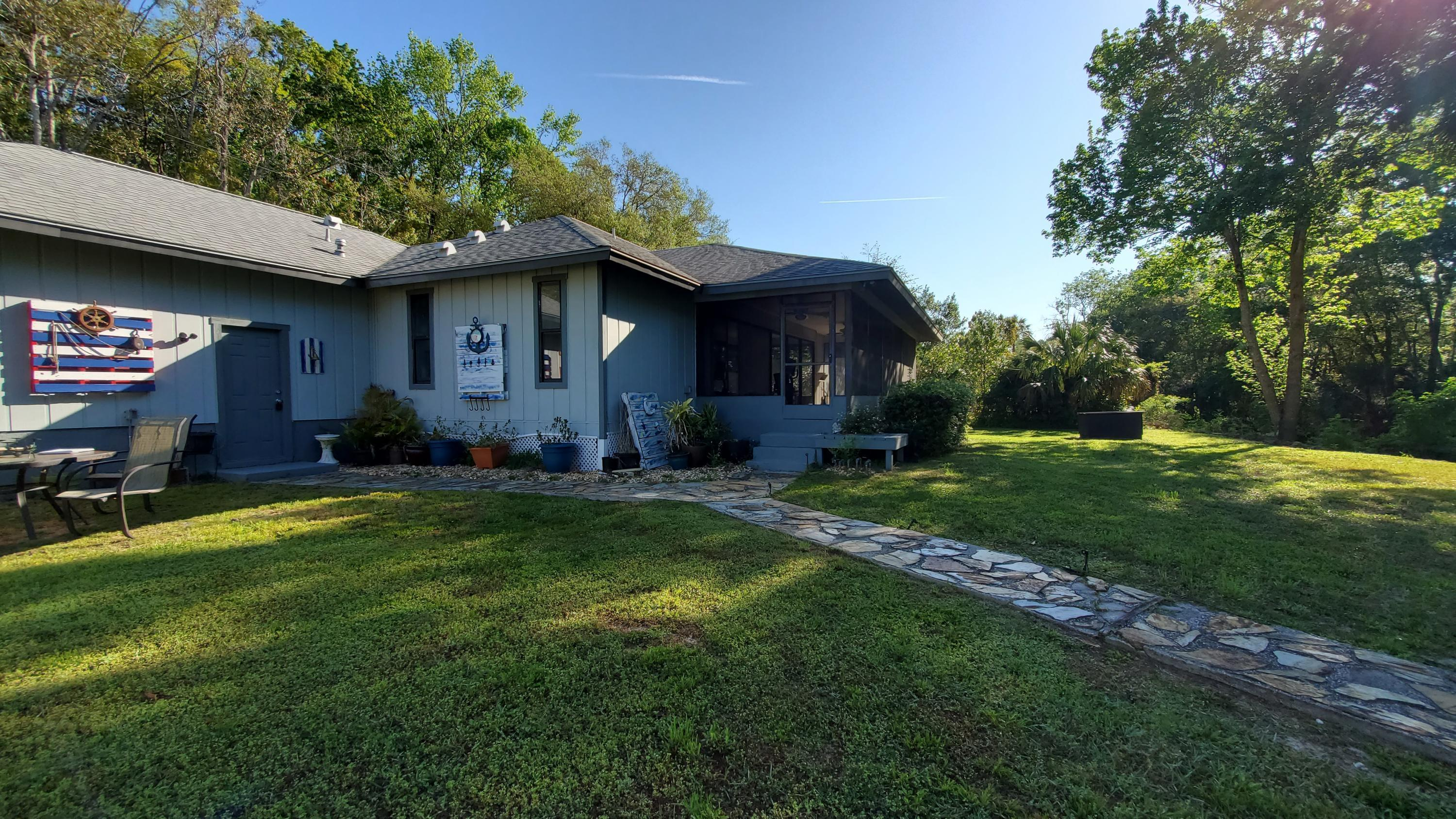 Listing photo id 12 for 10046 S Riviera Point