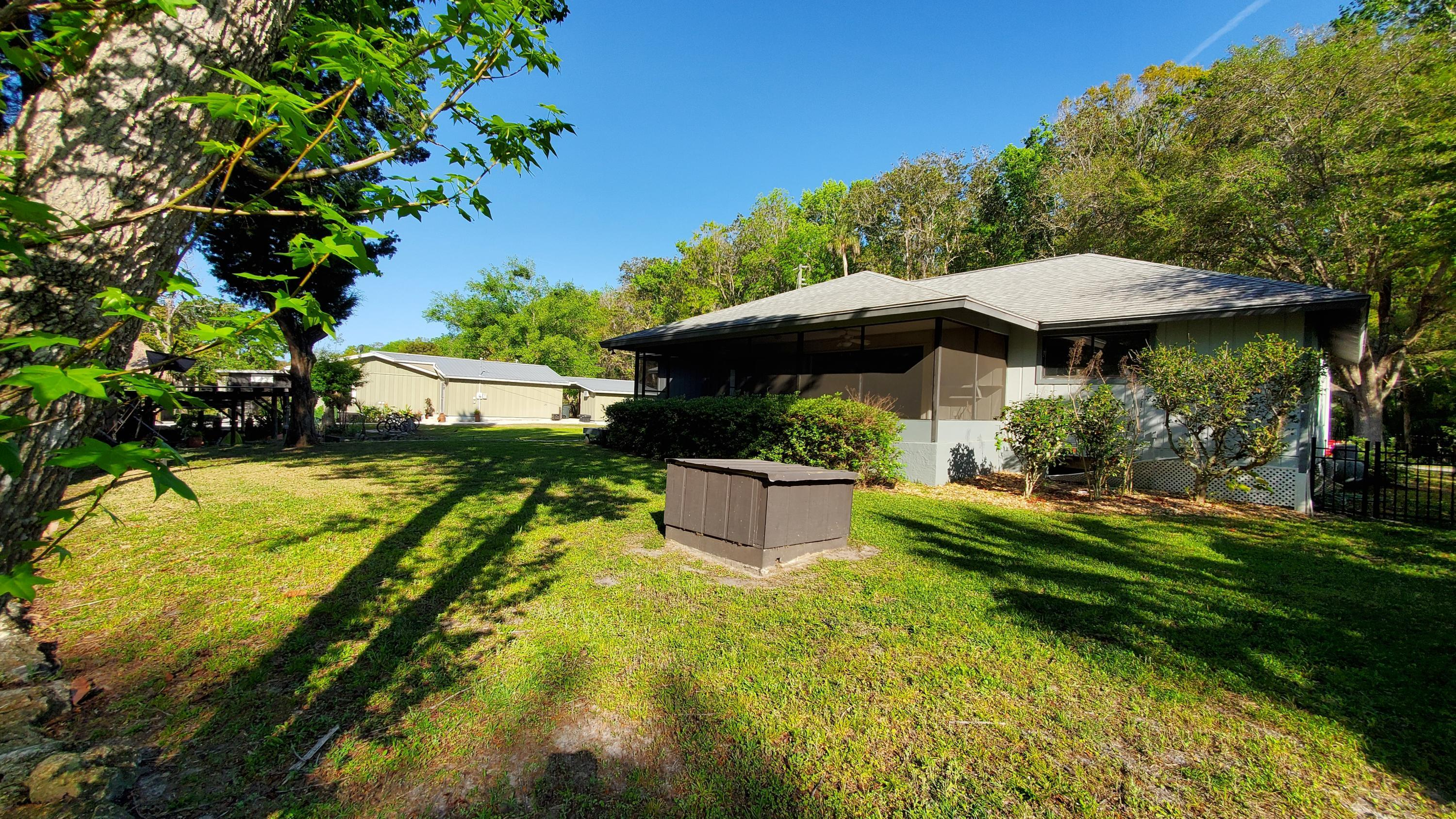 Listing photo id 14 for 10046 S Riviera Point