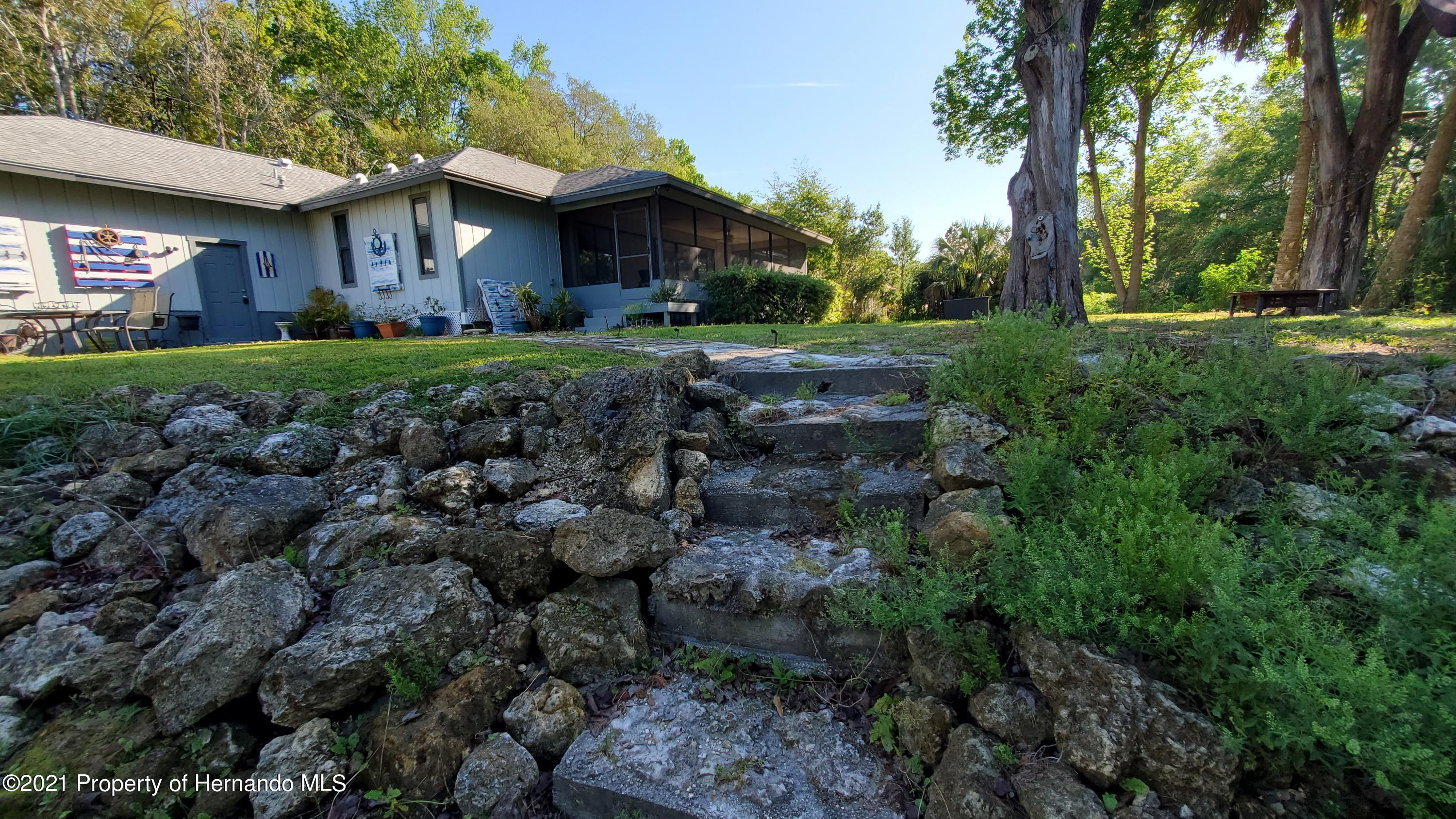 Listing photo id 27 for 10046 S Riviera Point
