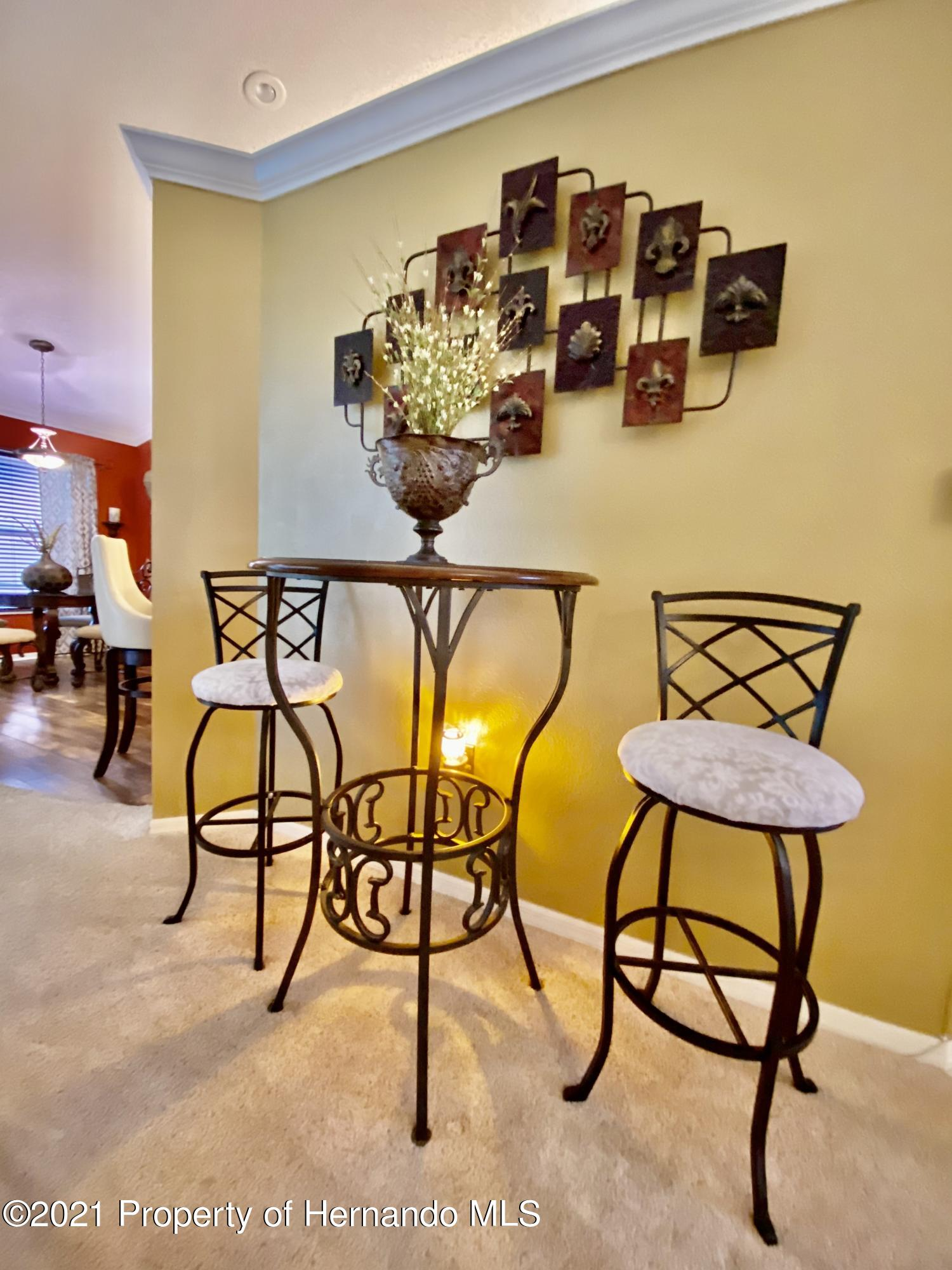 Listing photo id 8 for 3234 Morven Drive