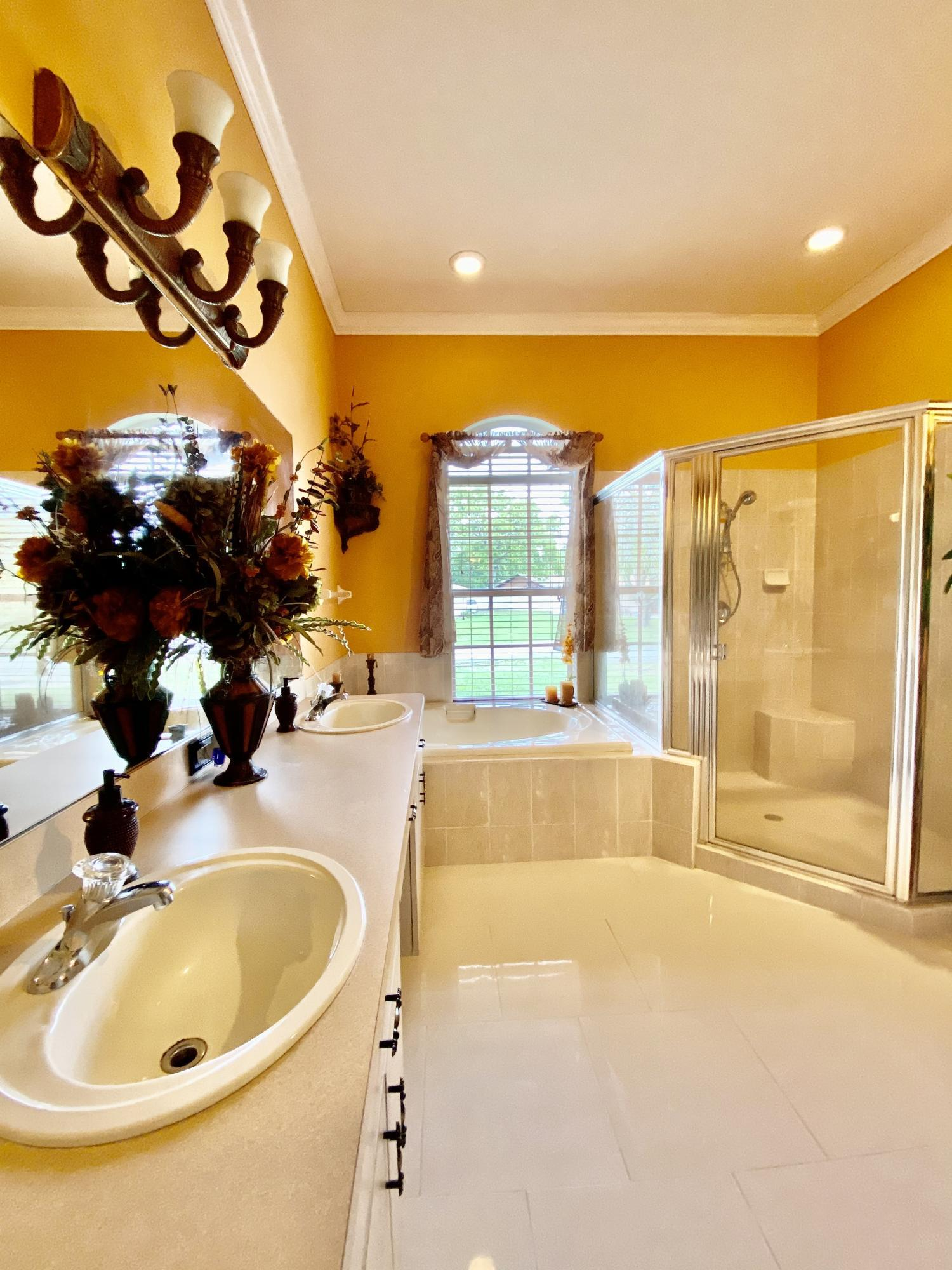 Listing photo id 14 for 3234 Morven Drive