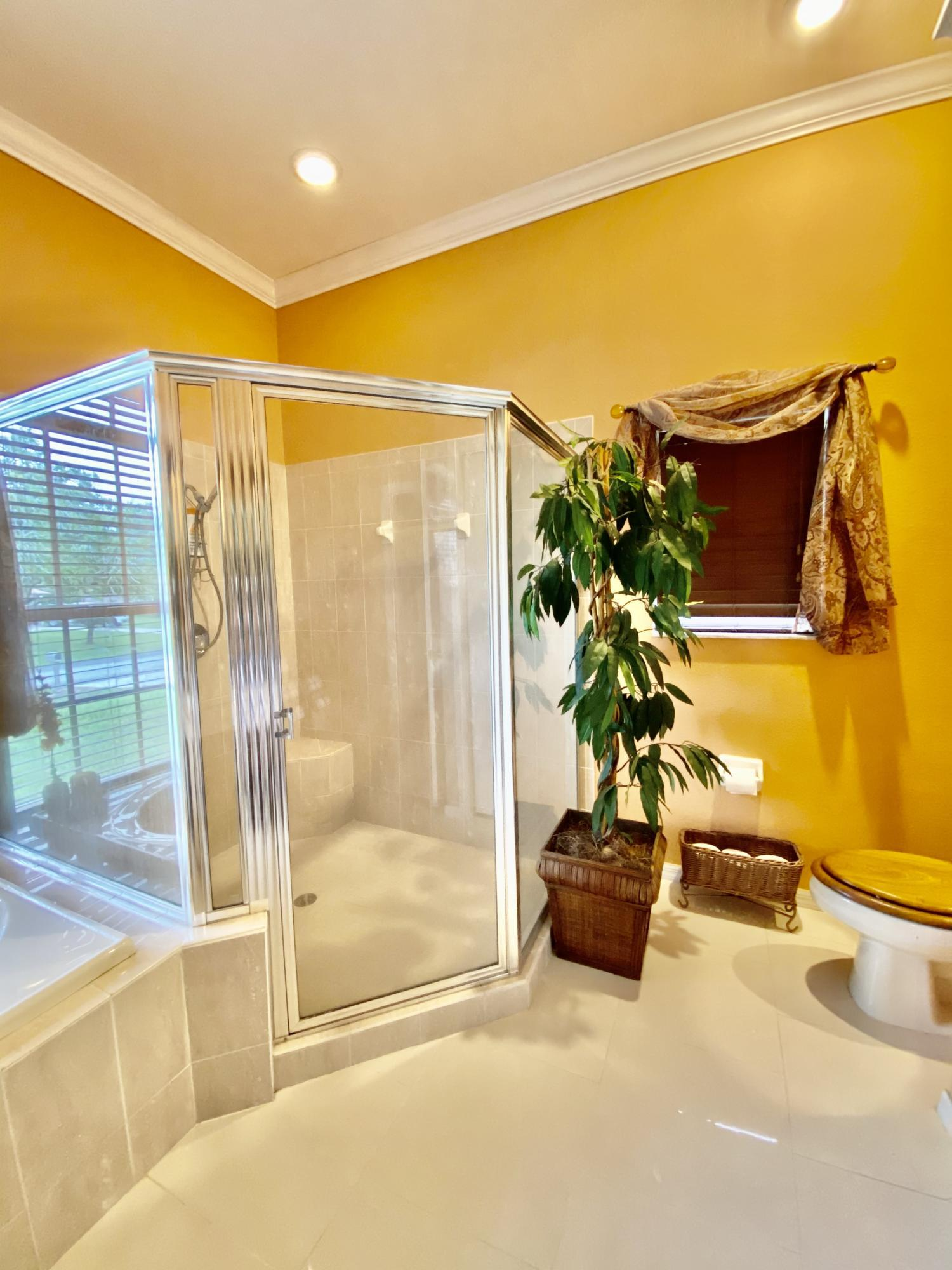 Listing photo id 16 for 3234 Morven Drive