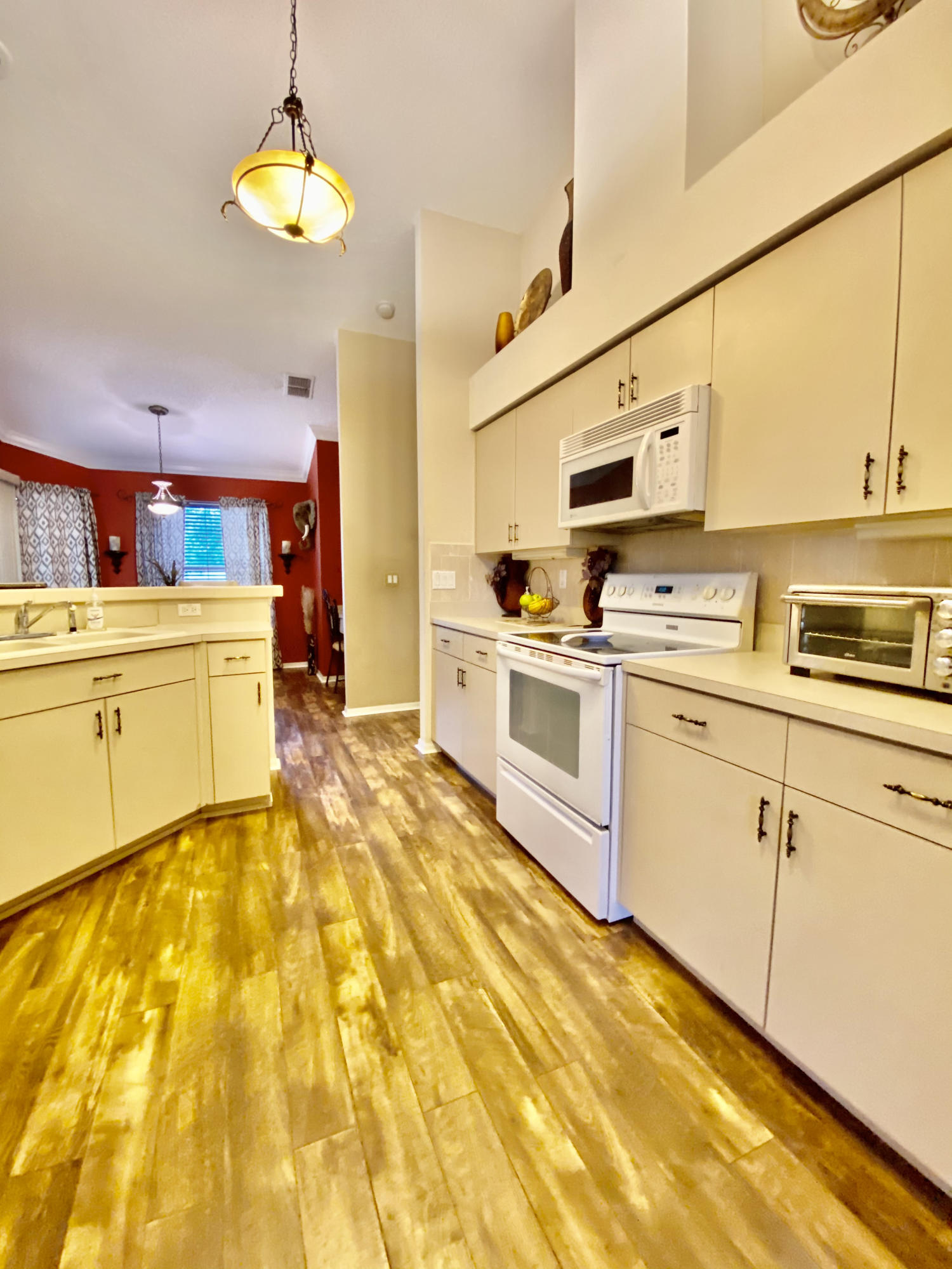 Listing photo id 20 for 3234 Morven Drive