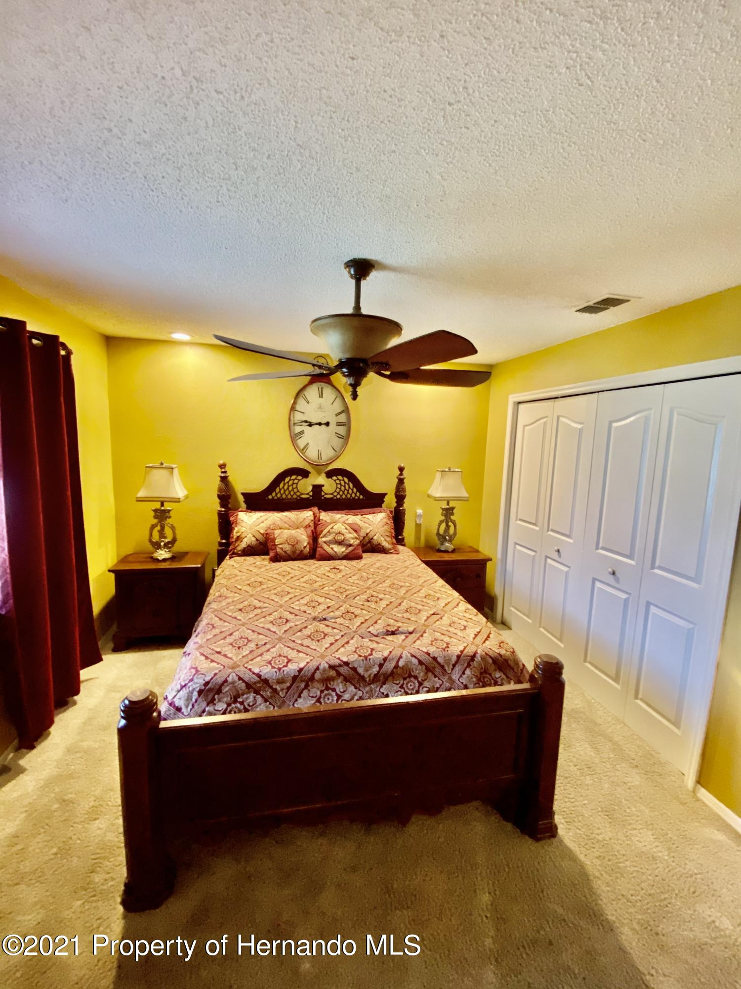 Listing photo id 24 for 3234 Morven Drive