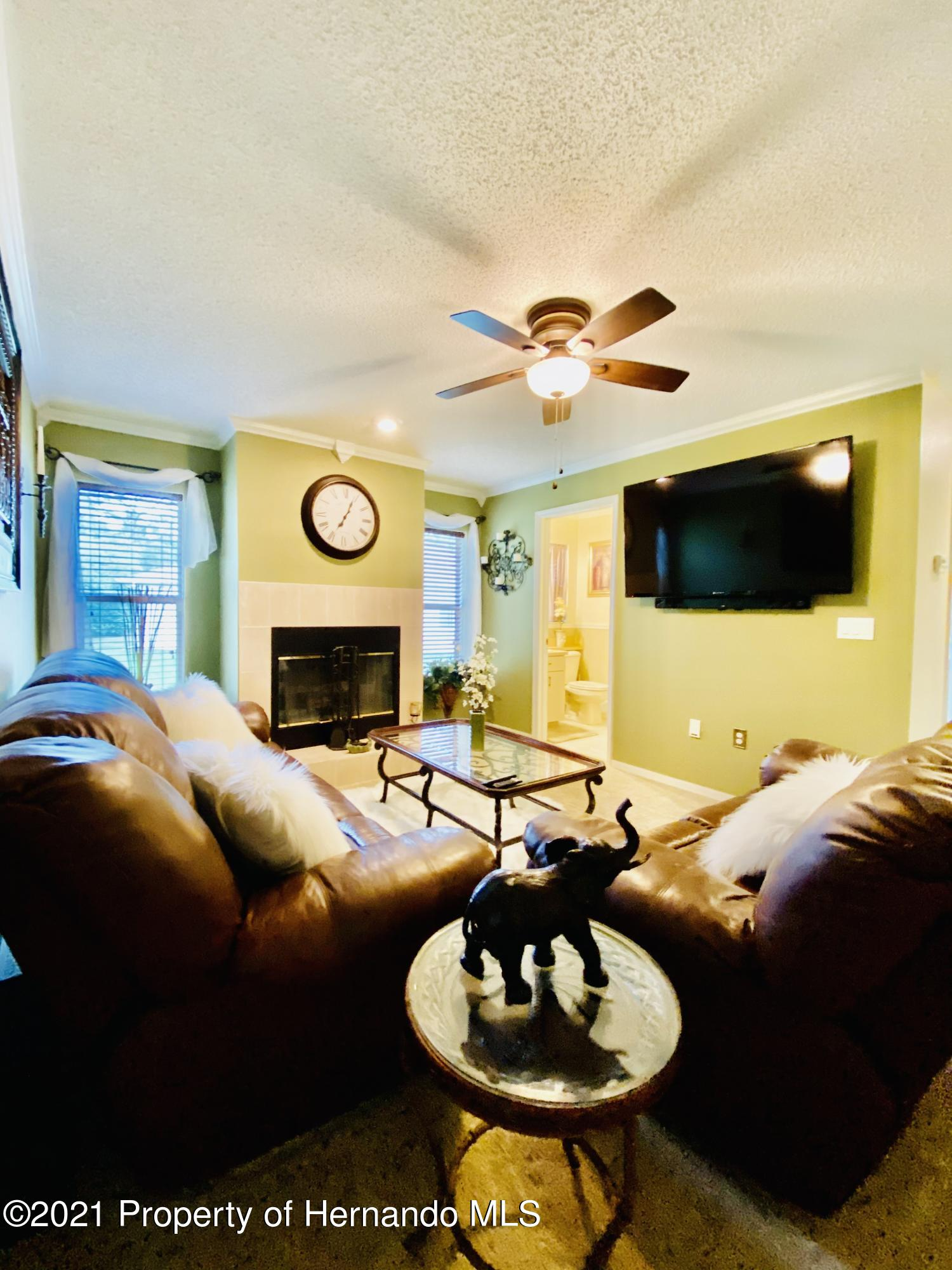 Listing photo id 30 for 3234 Morven Drive