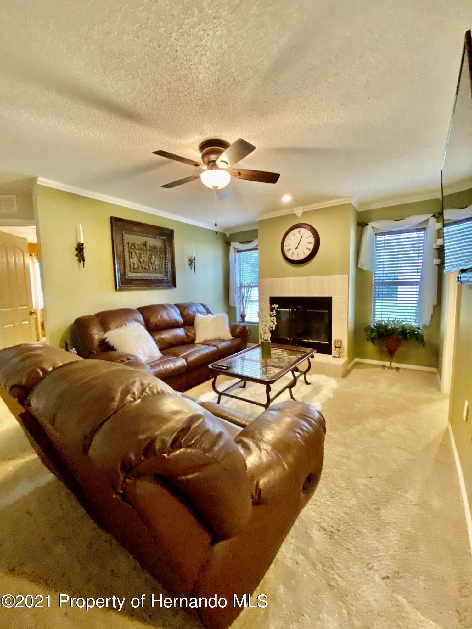 Listing photo id 31 for 3234 Morven Drive