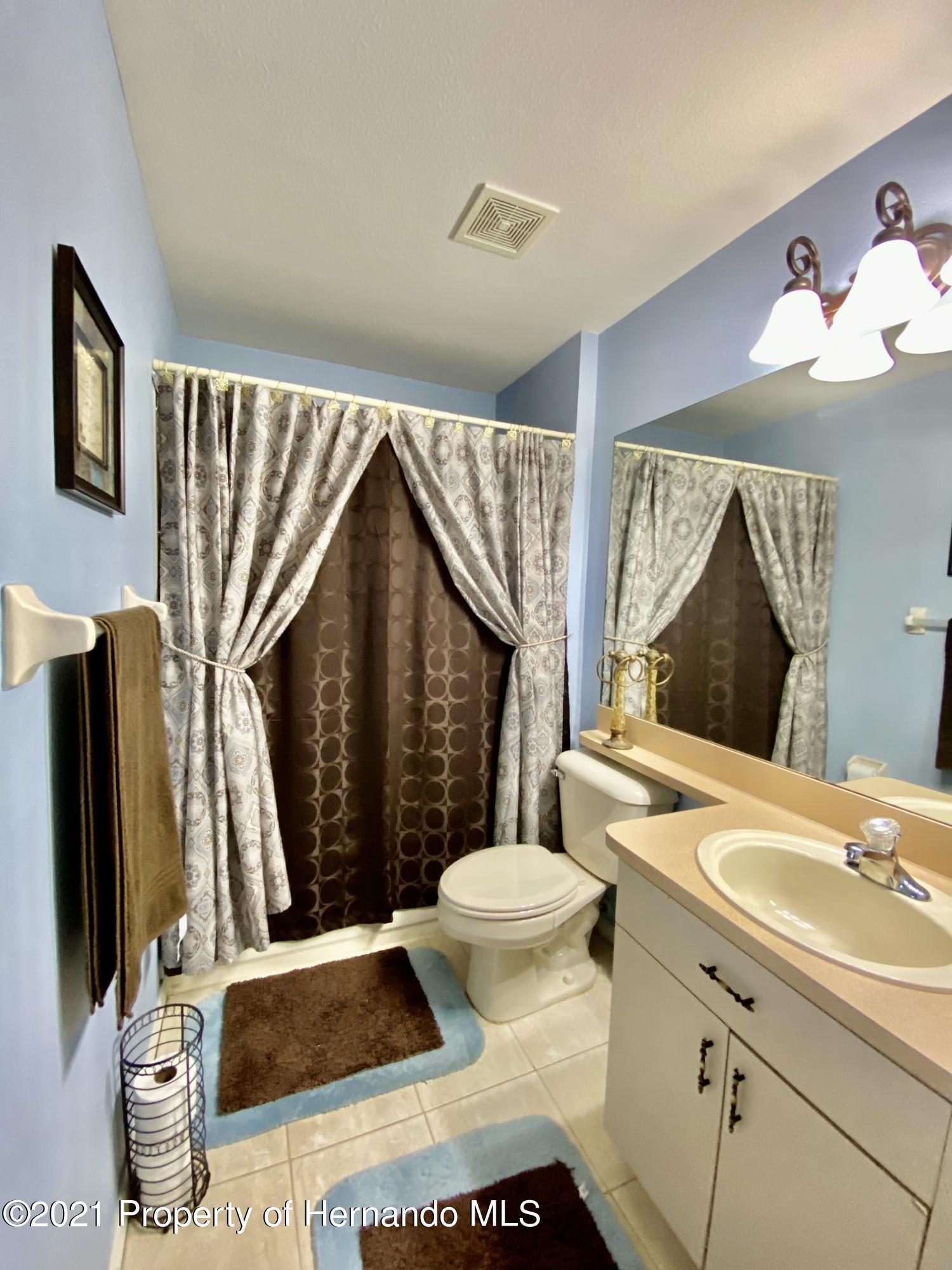 Listing photo id 34 for 3234 Morven Drive