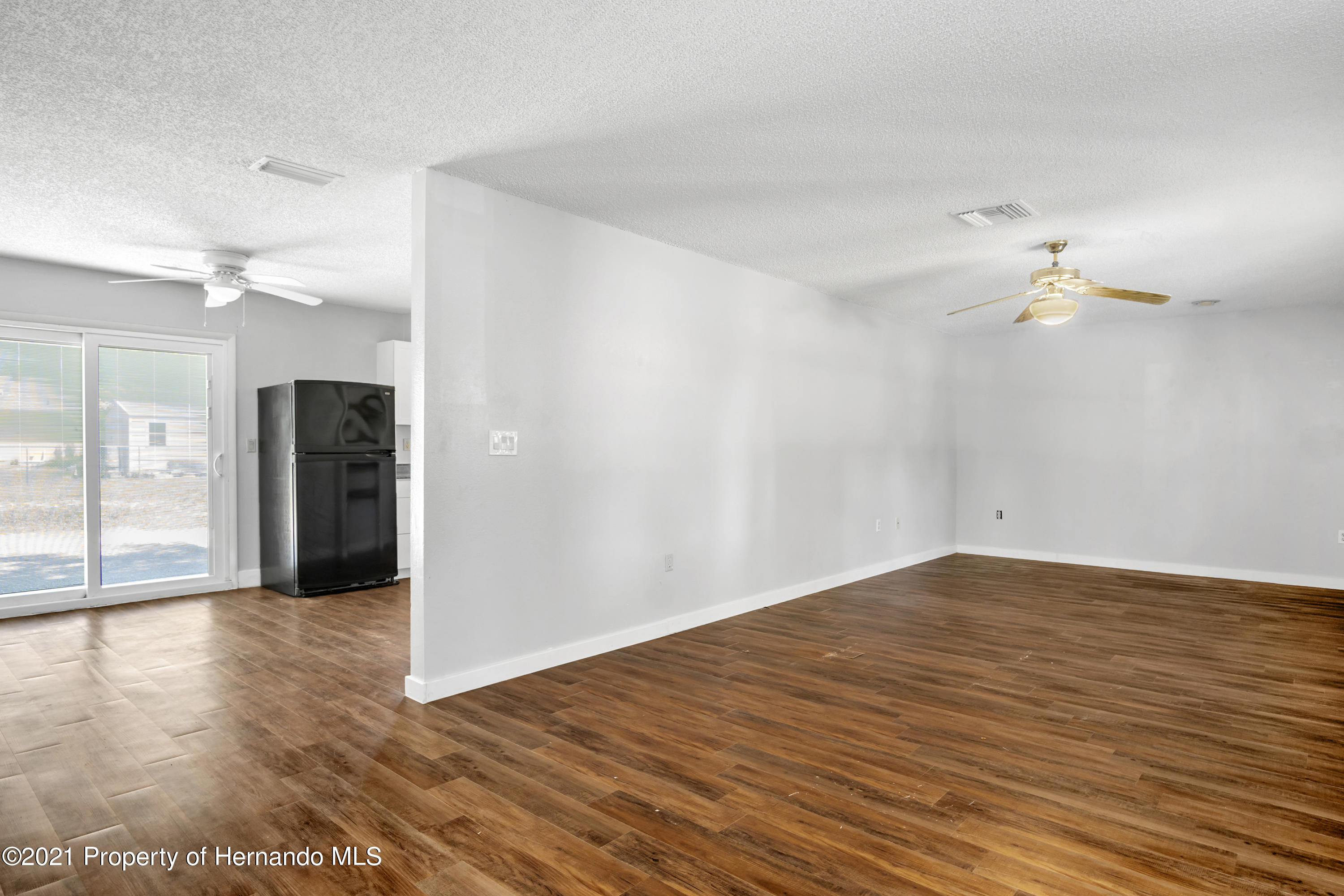 Image 10 For 6072 Shannon Avenue