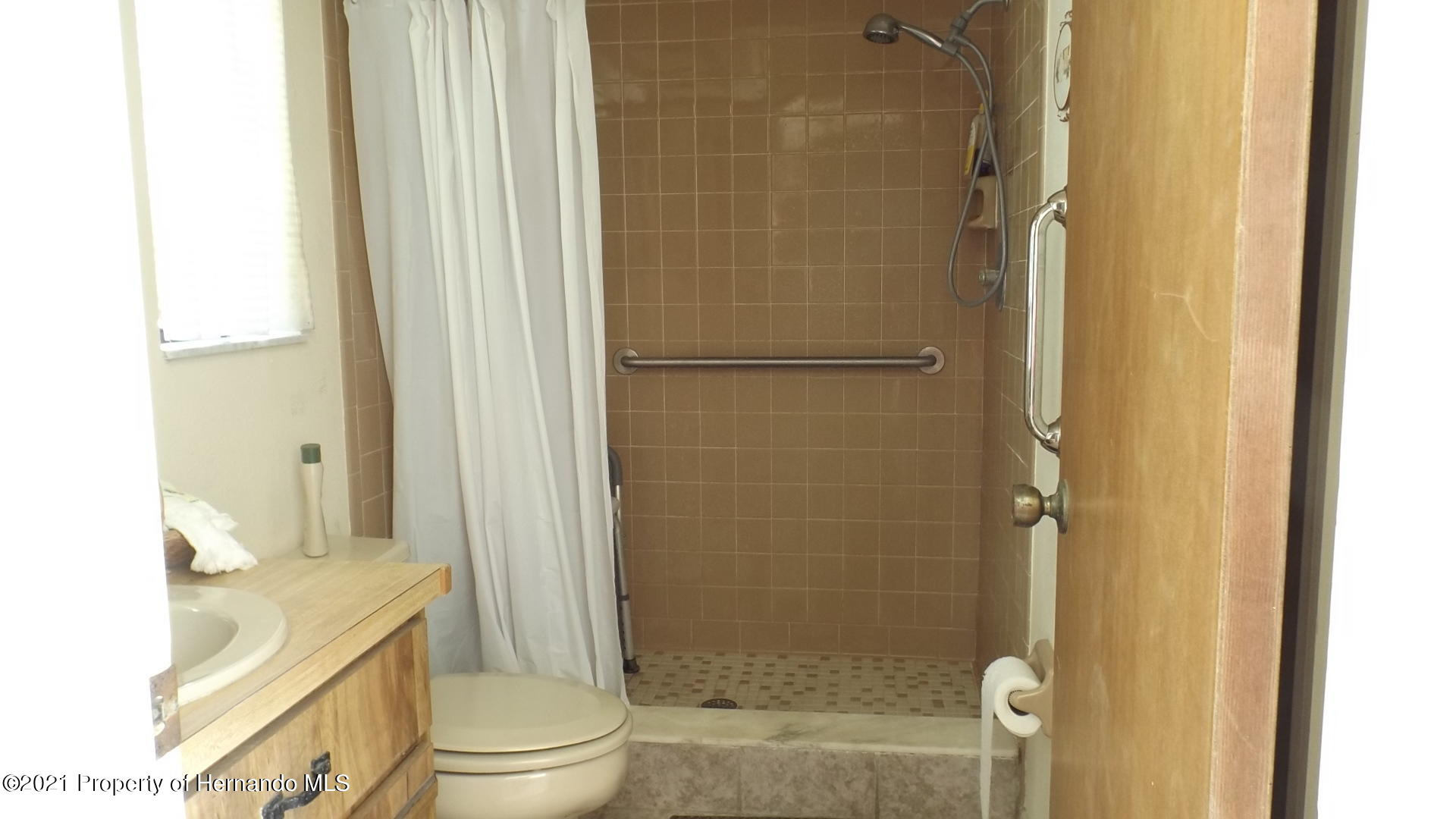 Listing photo id 22 for 4282 River Birch Drive