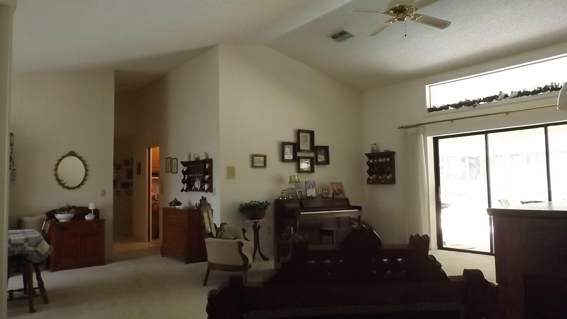 Listing photo id 7 for 4282 River Birch Drive