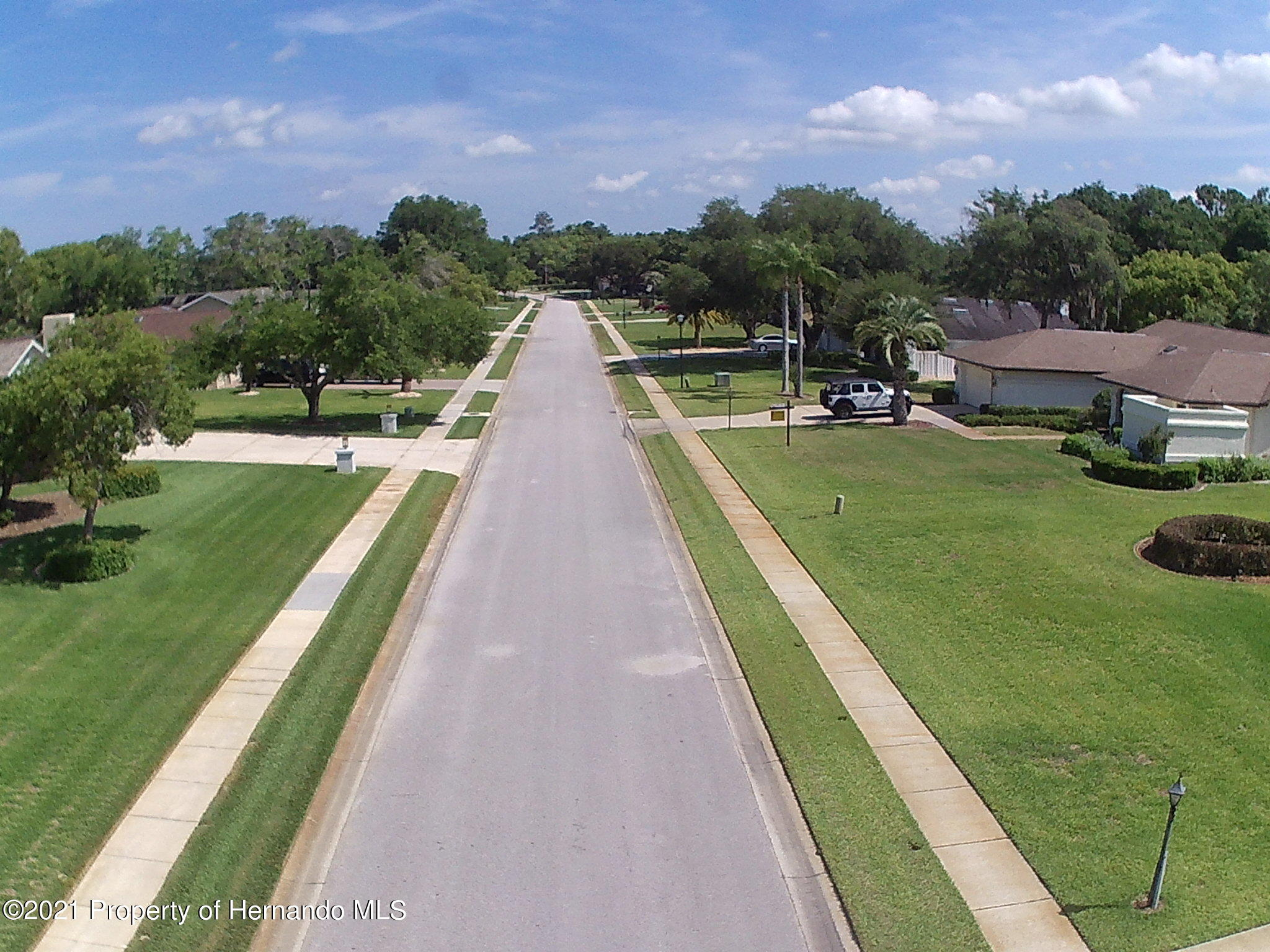Listing photo id 25 for 4282 River Birch Drive