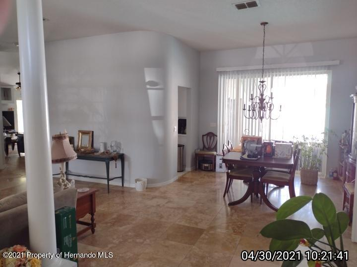 Image 8 For 18002 Palm Breeze Drive