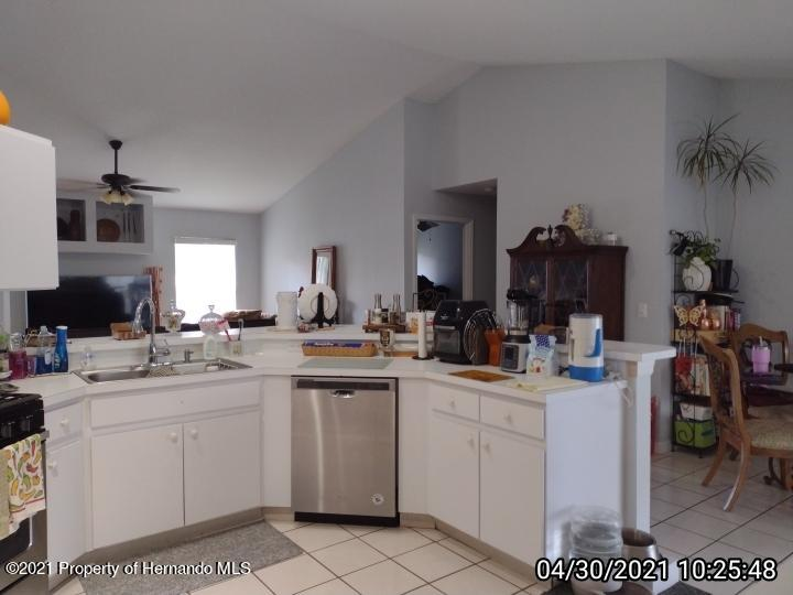 Image 2 For 18002 Palm Breeze Drive