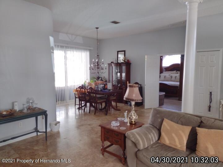 Image 14 For 18002 Palm Breeze Drive