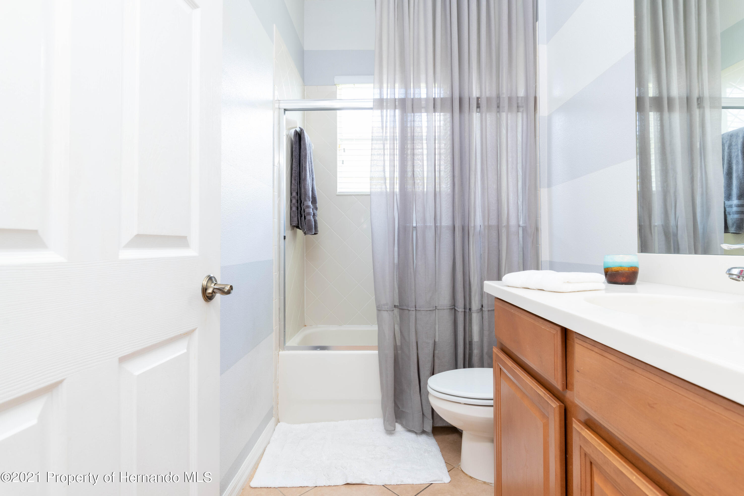 Listing photo id 9 for 5356 Cappleman Loop