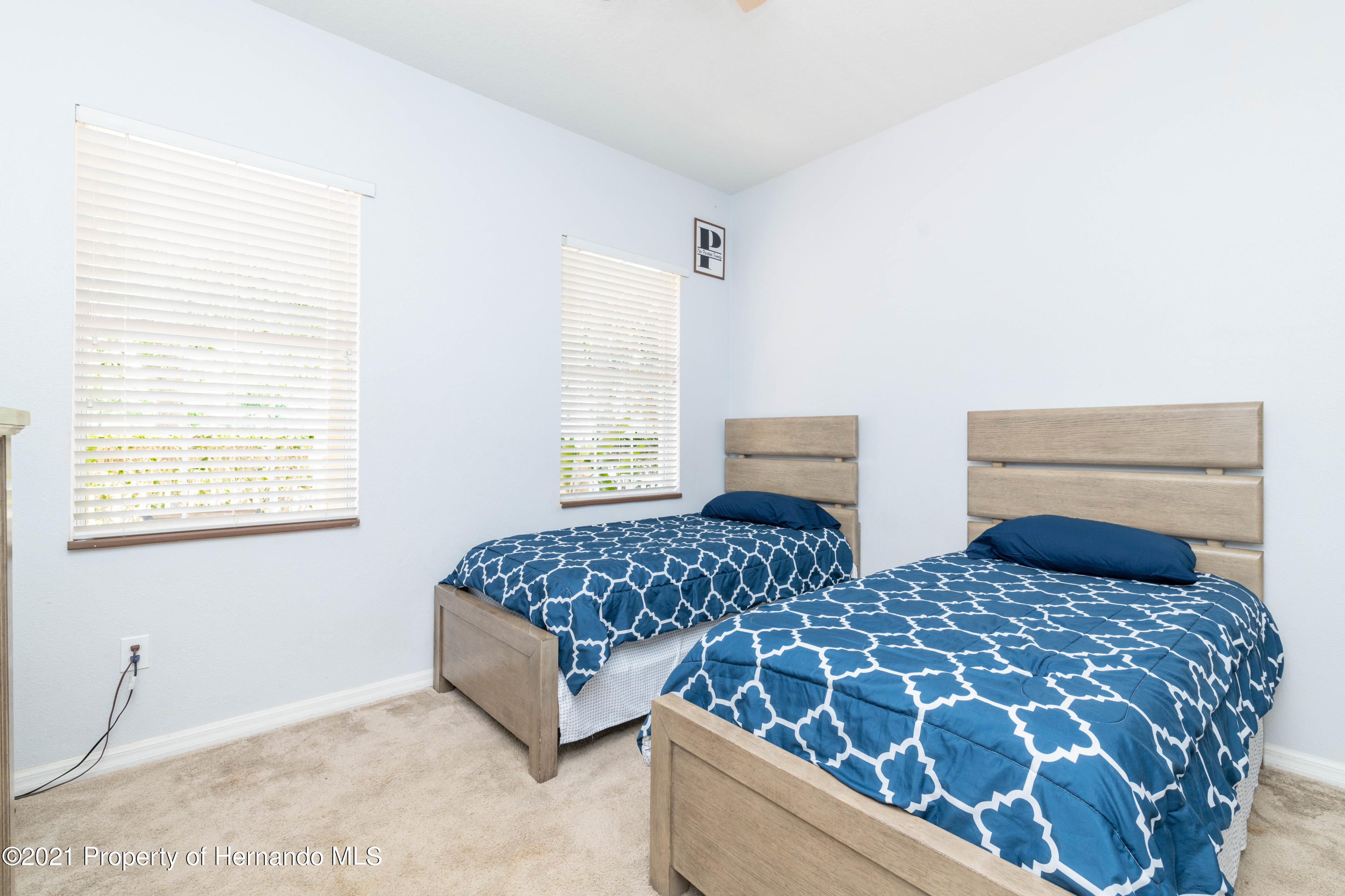 Listing photo id 10 for 5356 Cappleman Loop