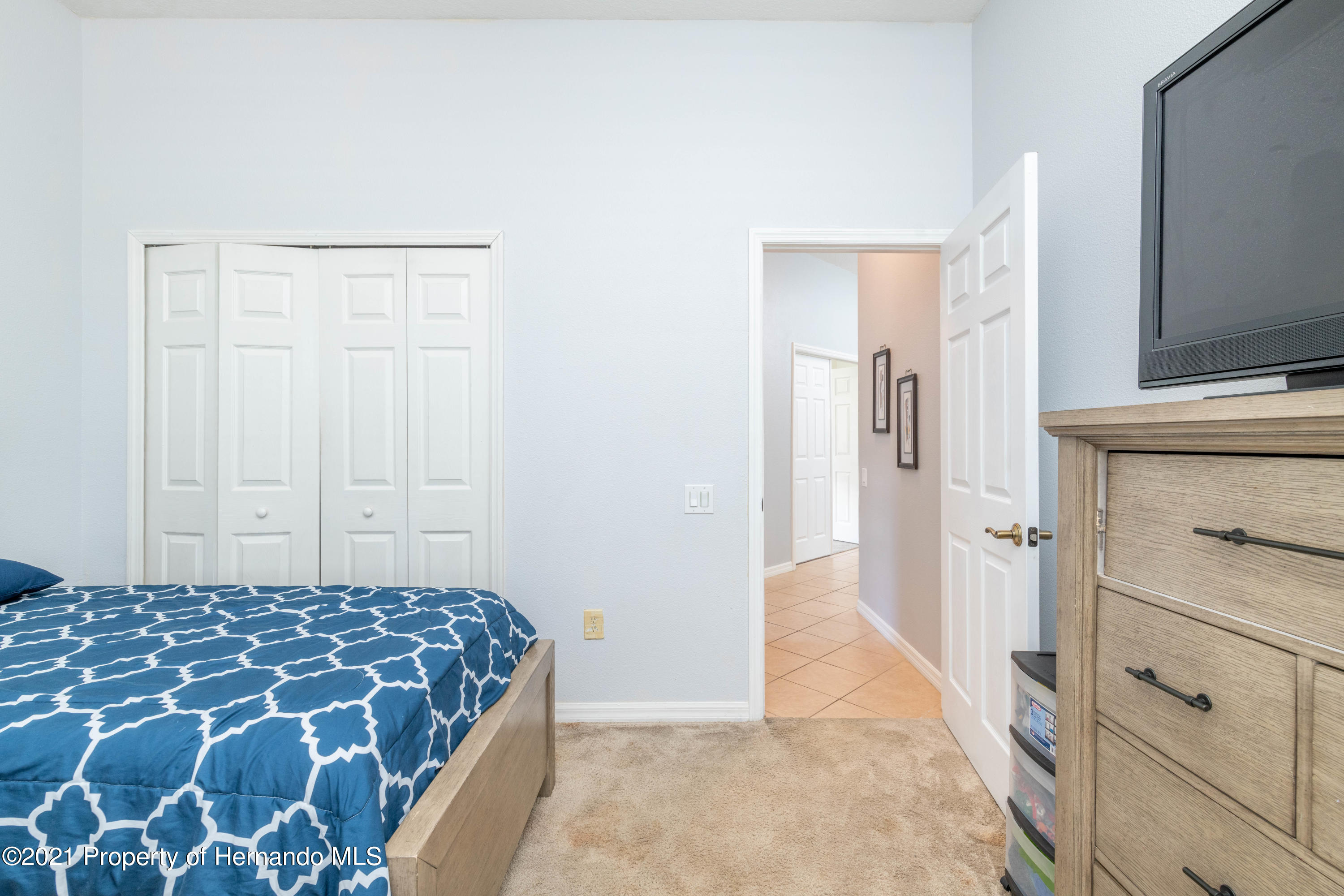Listing photo id 12 for 5356 Cappleman Loop