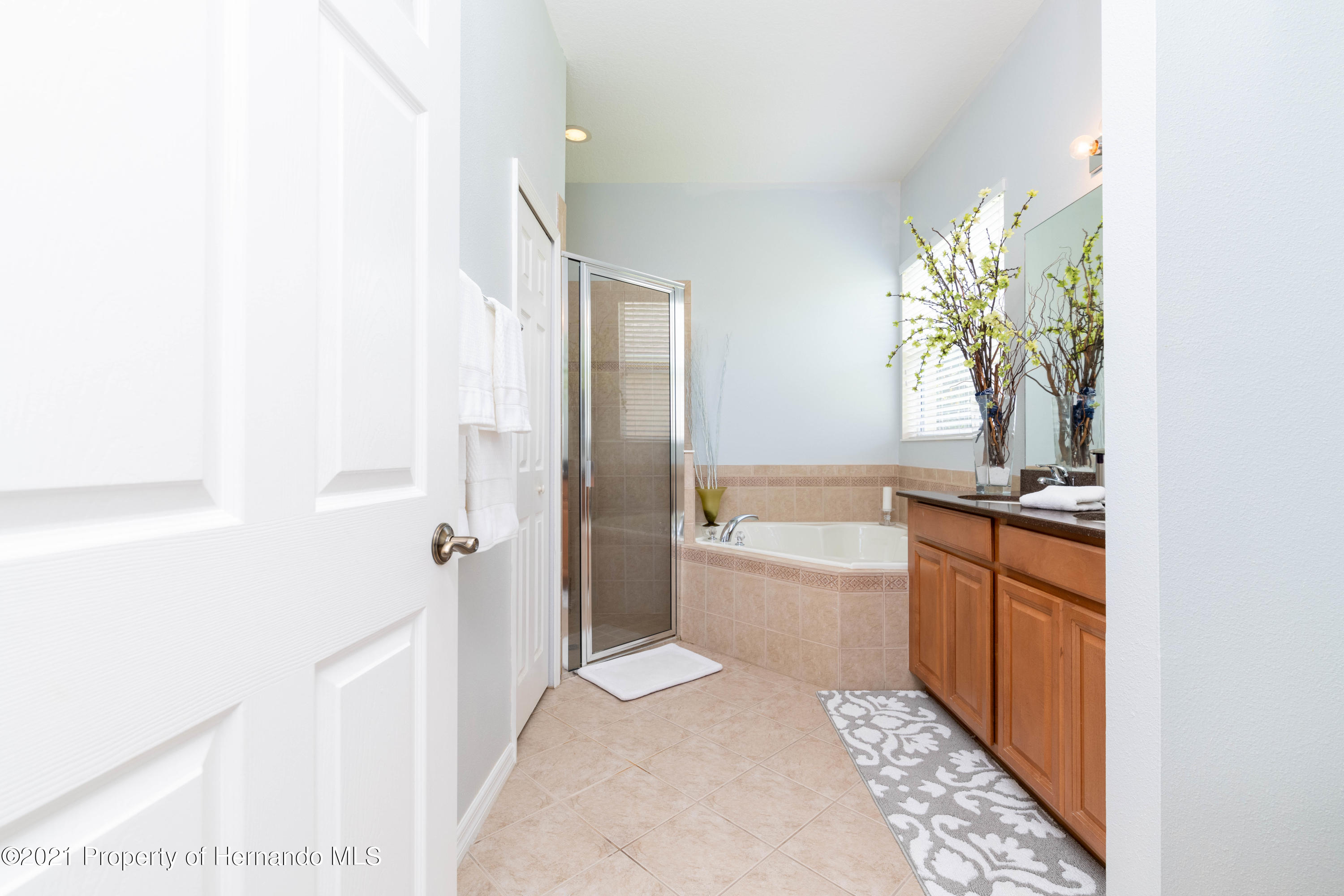 Listing photo id 18 for 5356 Cappleman Loop