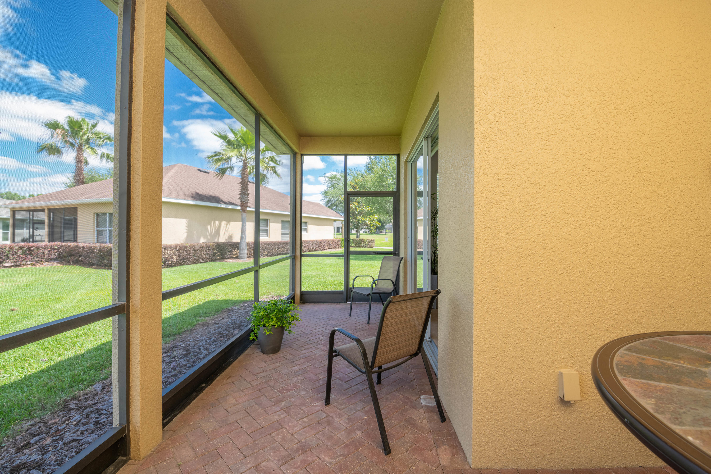 Listing photo id 23 for 5356 Cappleman Loop